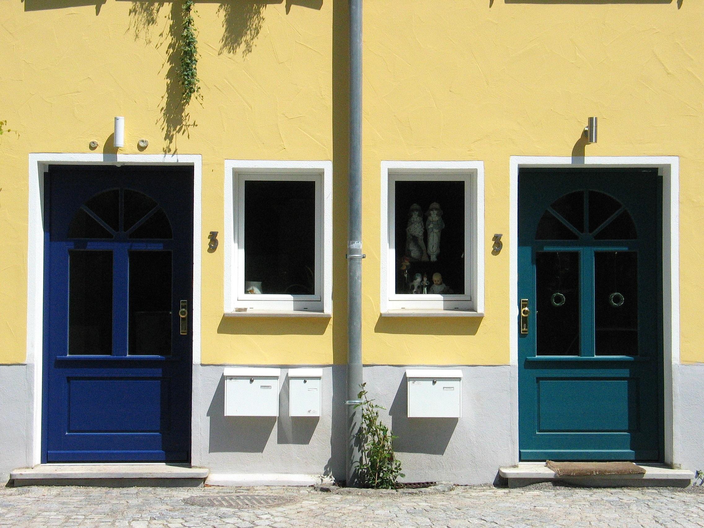 Fenêtre bâtiment maison façade meubles porte design dintérieur porte d entrée des portes