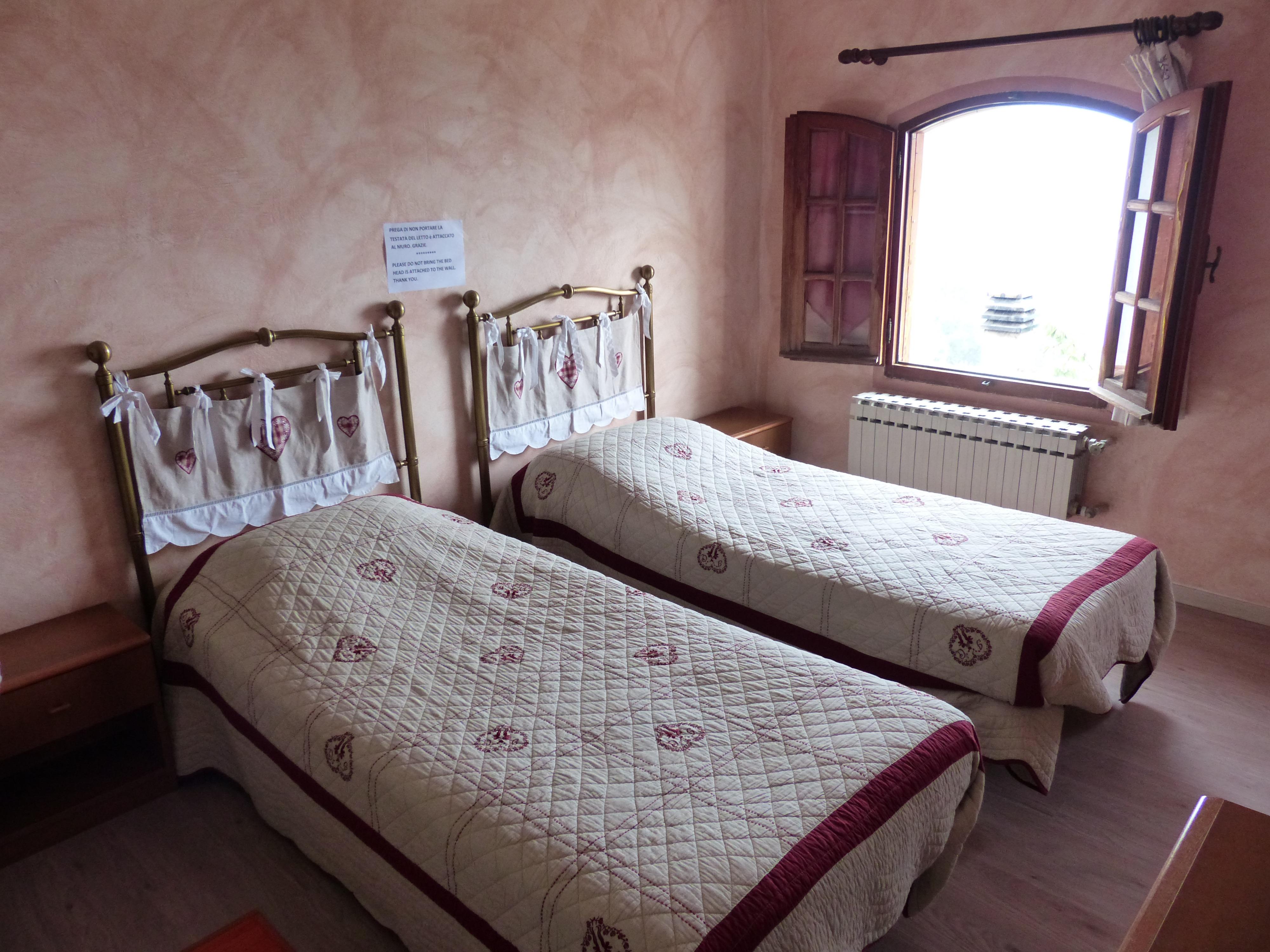 Fotos gratis : ventana, cabaña, limpiar, romántico, propiedad ...