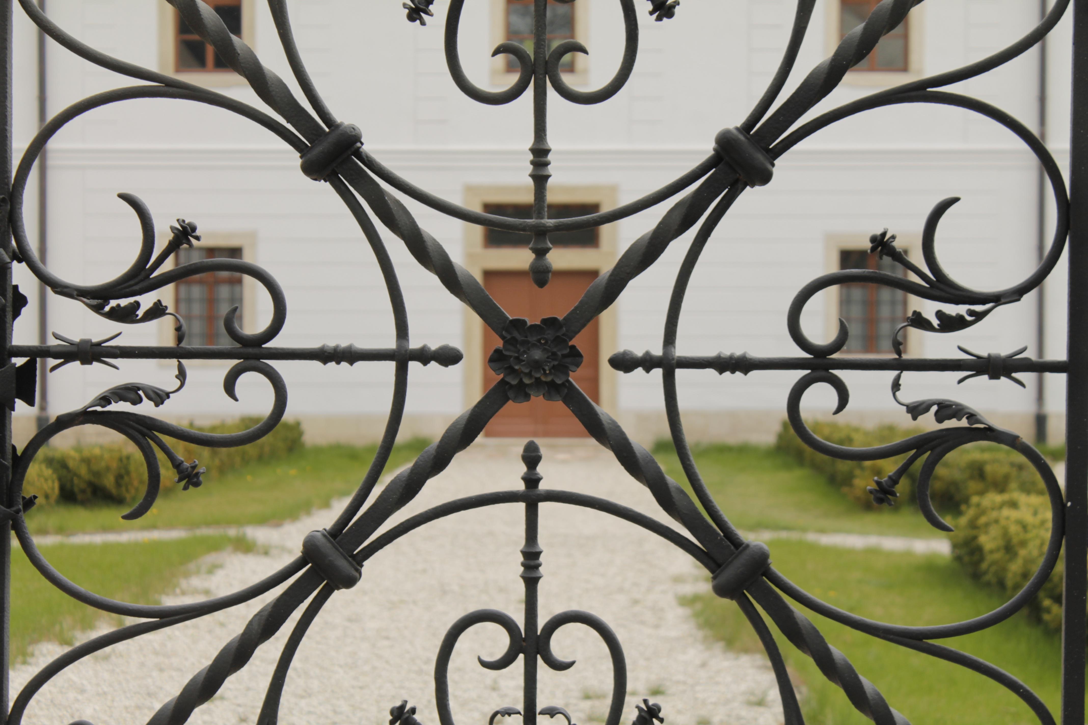Fotos Gratis Ventana Vaso Edificio Metal Castillo Jard N