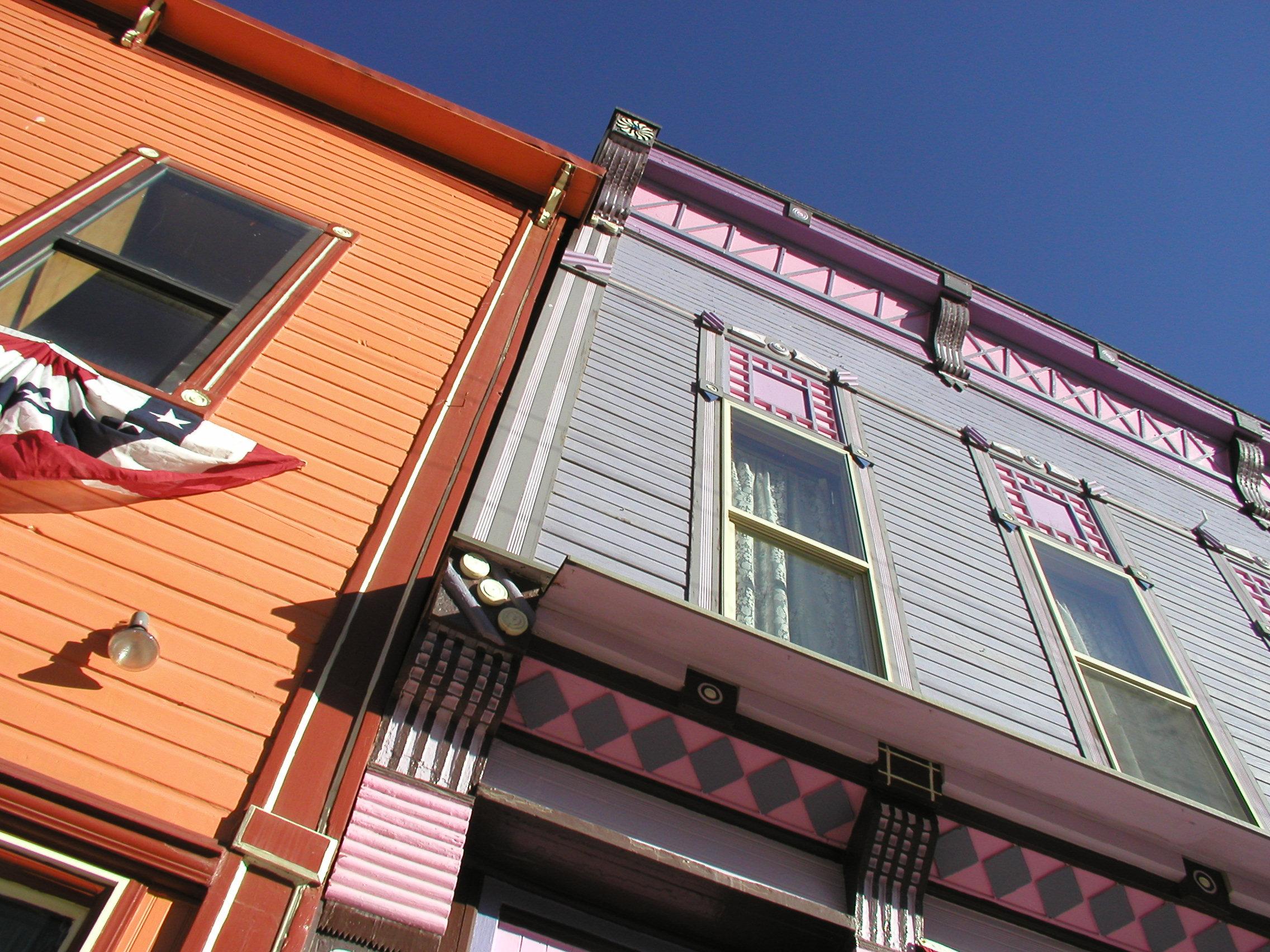 Картинки : окно, крыша, балкон, фасад, колорадо, оконное пок.