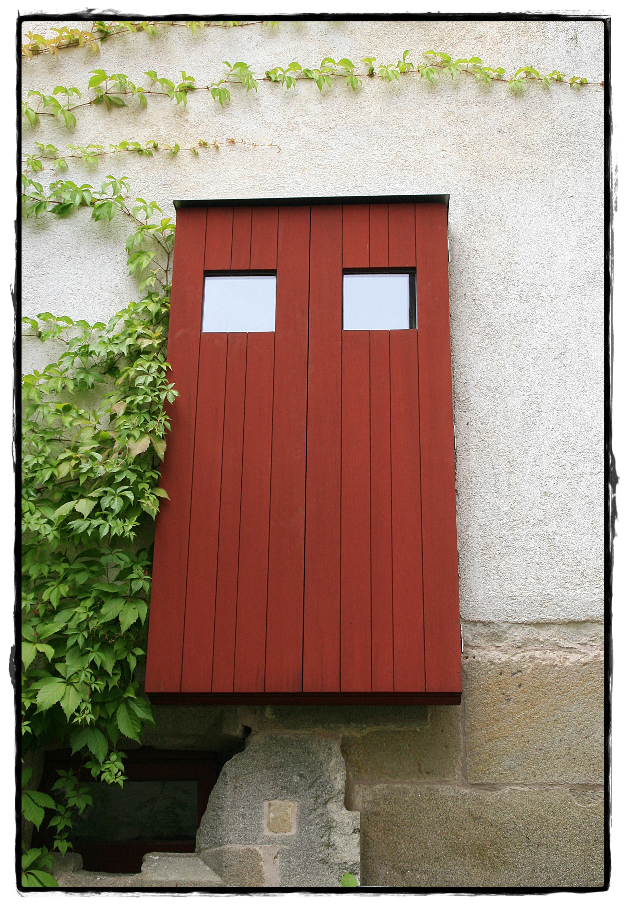 Fotos gratis : ventana, cobertizo, fachada, puerta, diseño de ...