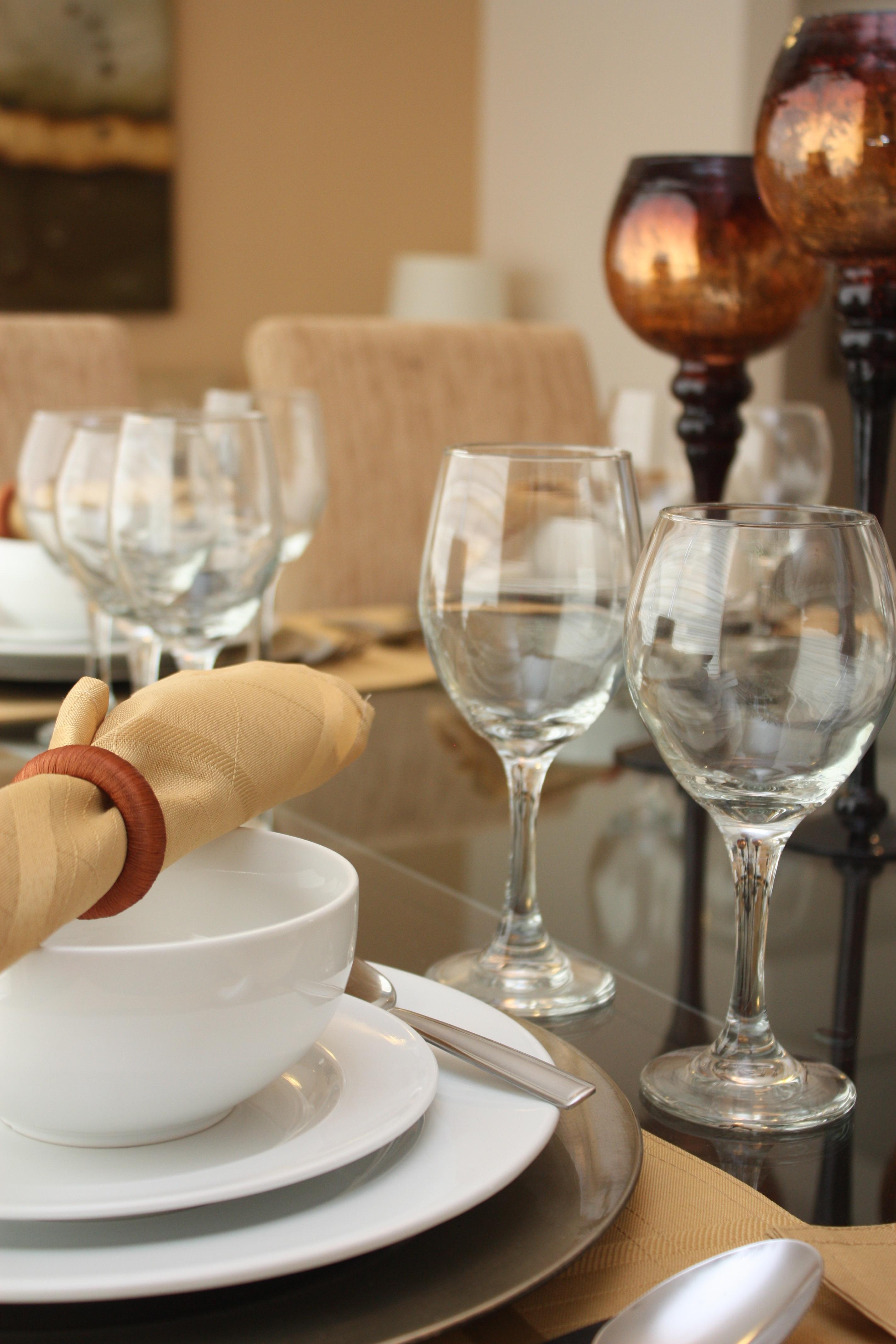 Gratis Afbeeldingen : wijn, huis, glas, restaurant, decoratie ...