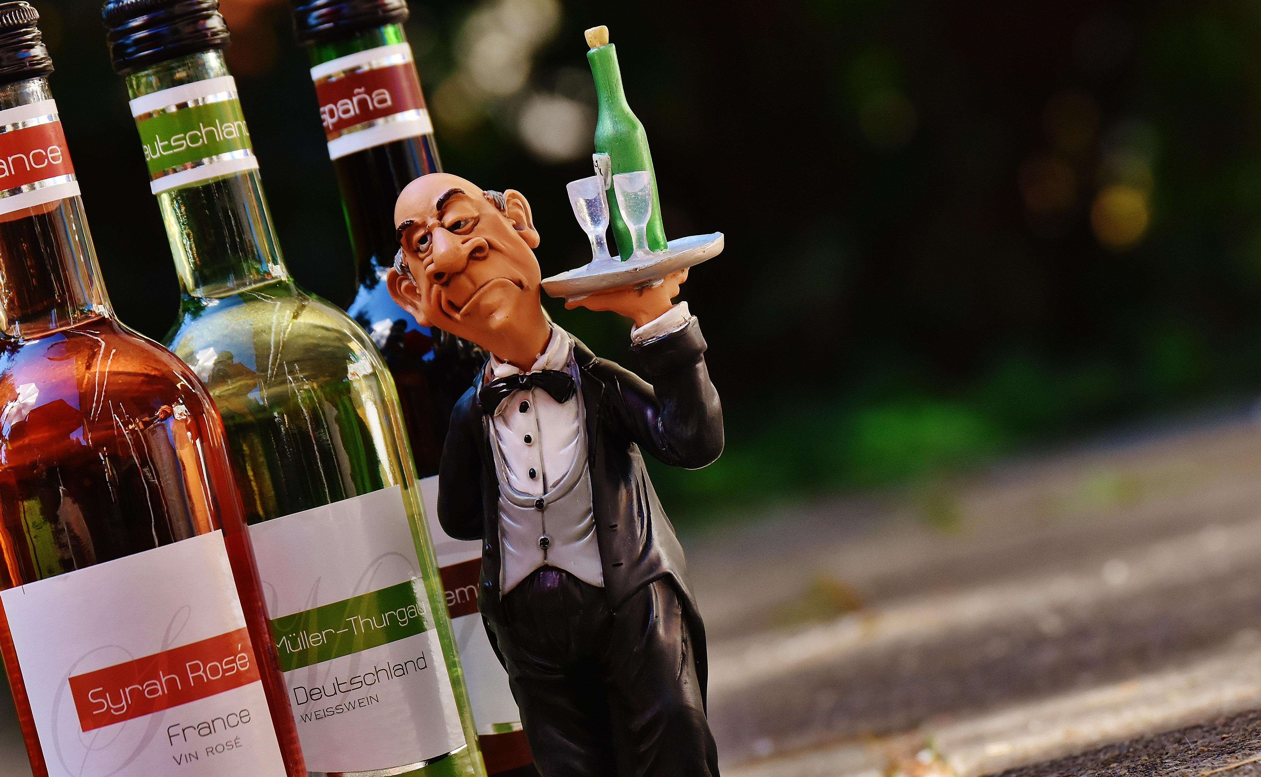 фото приколы алкогольных бутылок легко заметить внизу