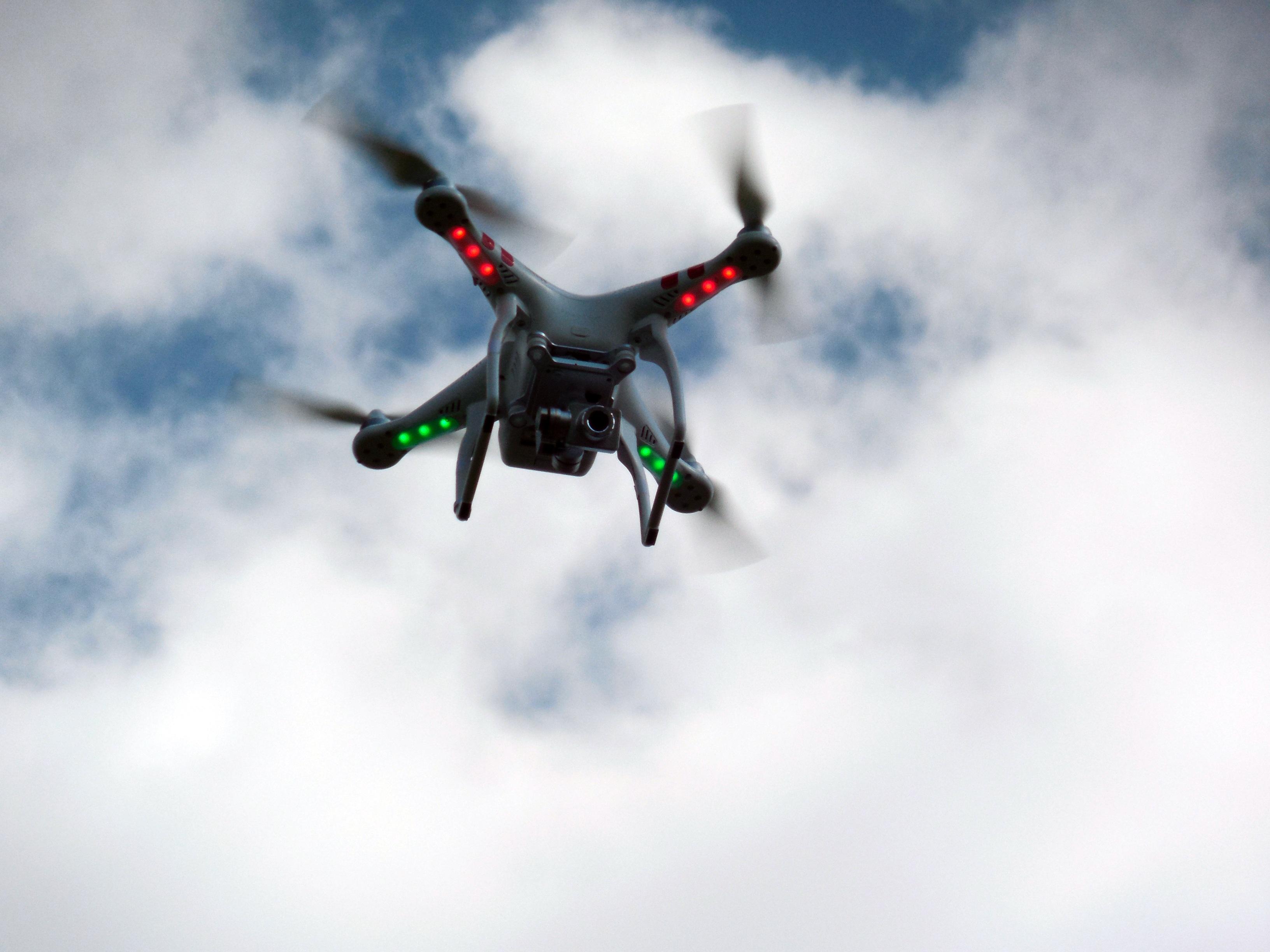 drone parrot v1