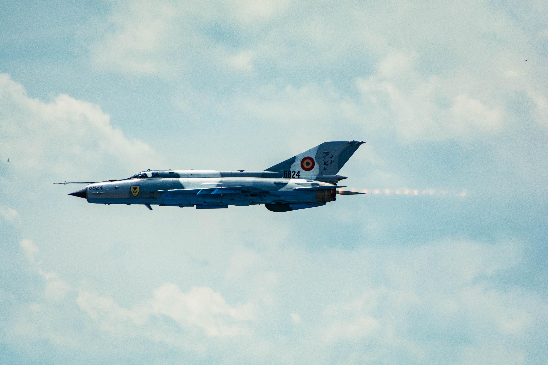Aereo Da Combattimento Cinese : Immagini belle ala nube jet veicolo linea aerea
