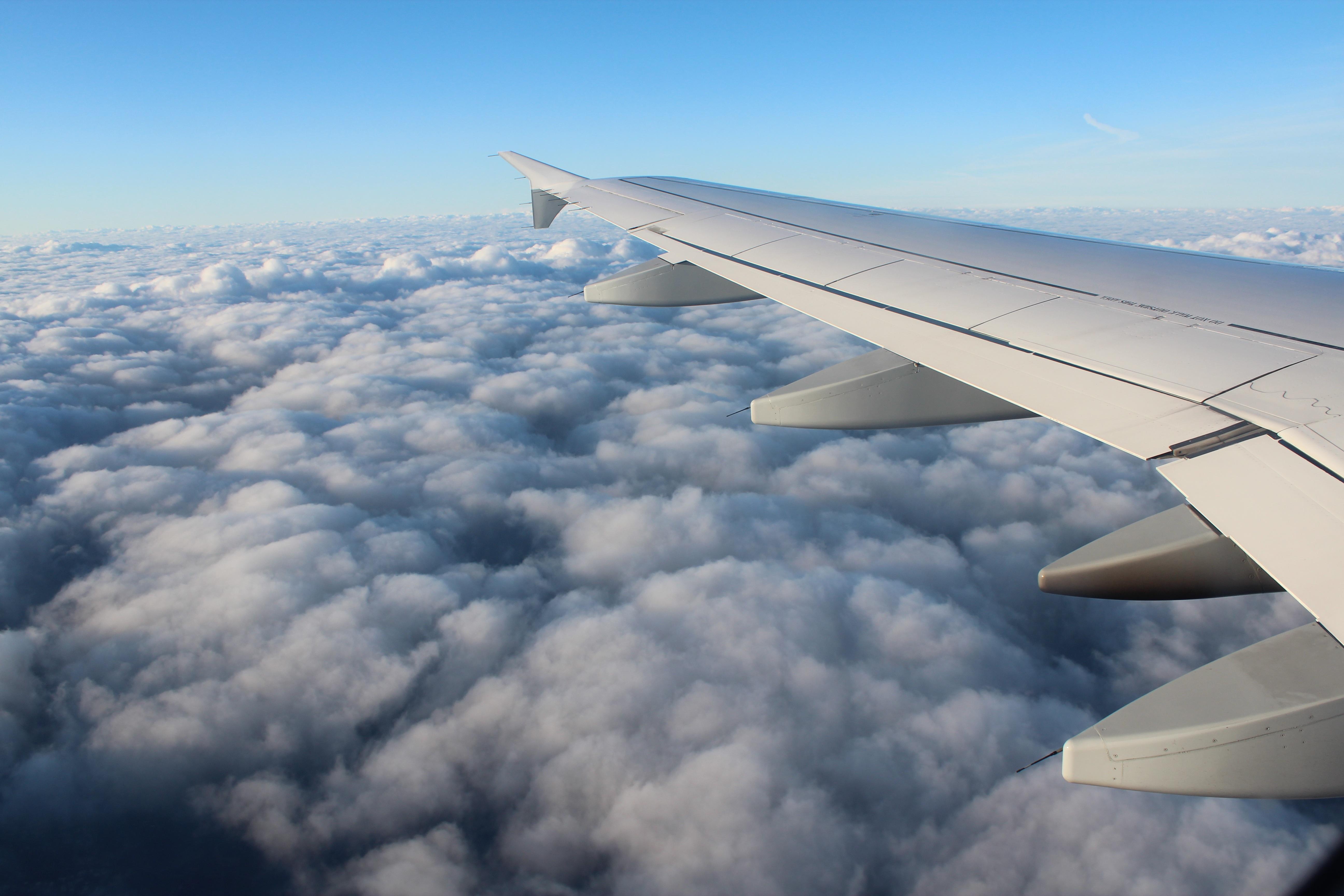 Kostenlose foto : Flügel, Wolke, Himmel, Zuhause, Fliege, Reise ...