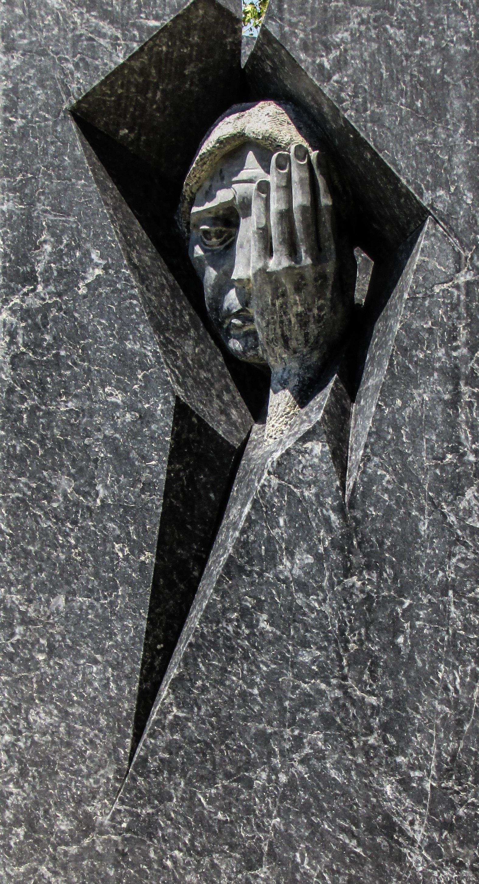 Fotos gratis : ala, Monumento, estatua, escultura, memorial, art ...