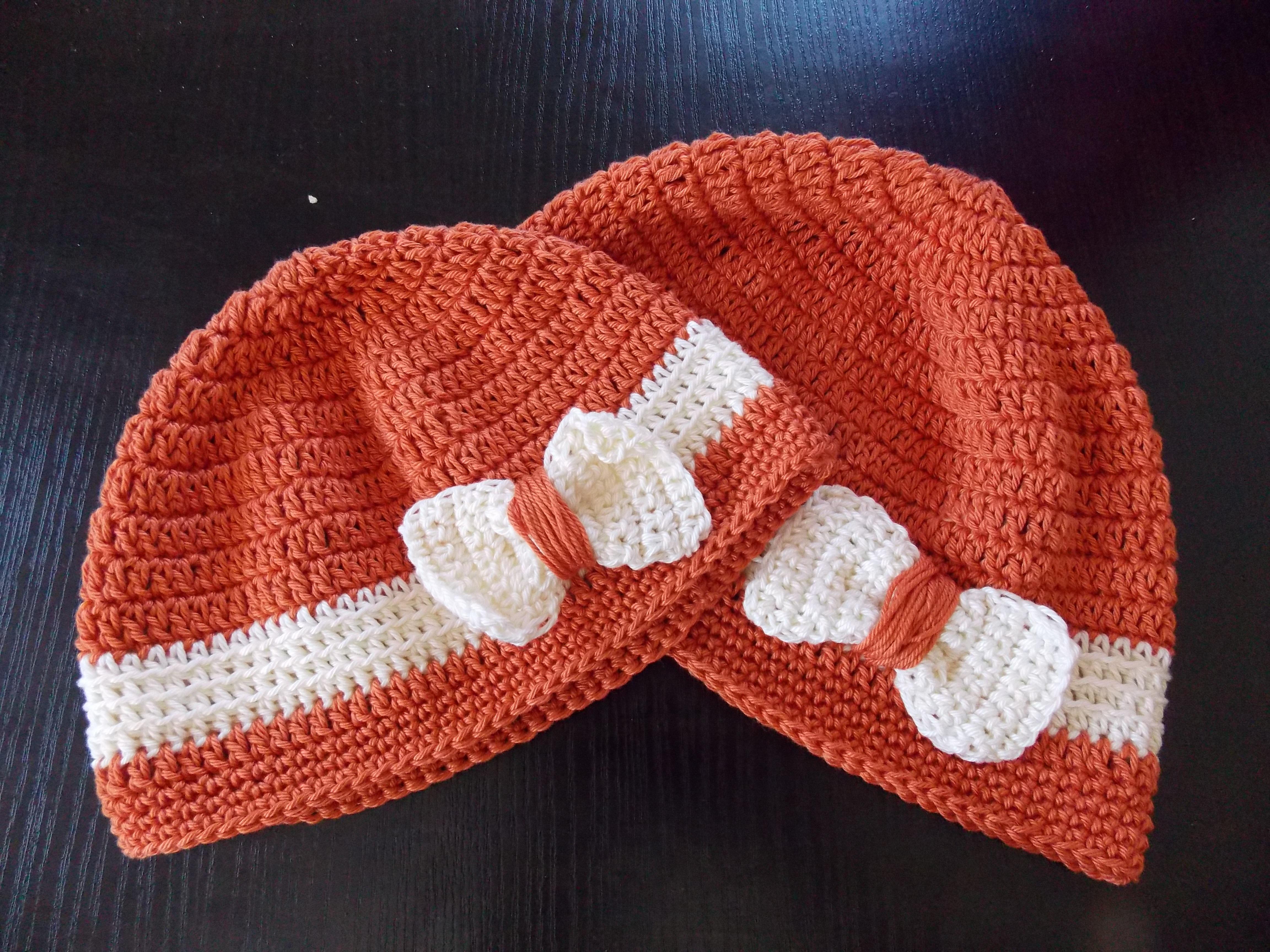 Fotos gratis : invierno, niña, patrón, rojo, sombrero, ropa, Casco ...