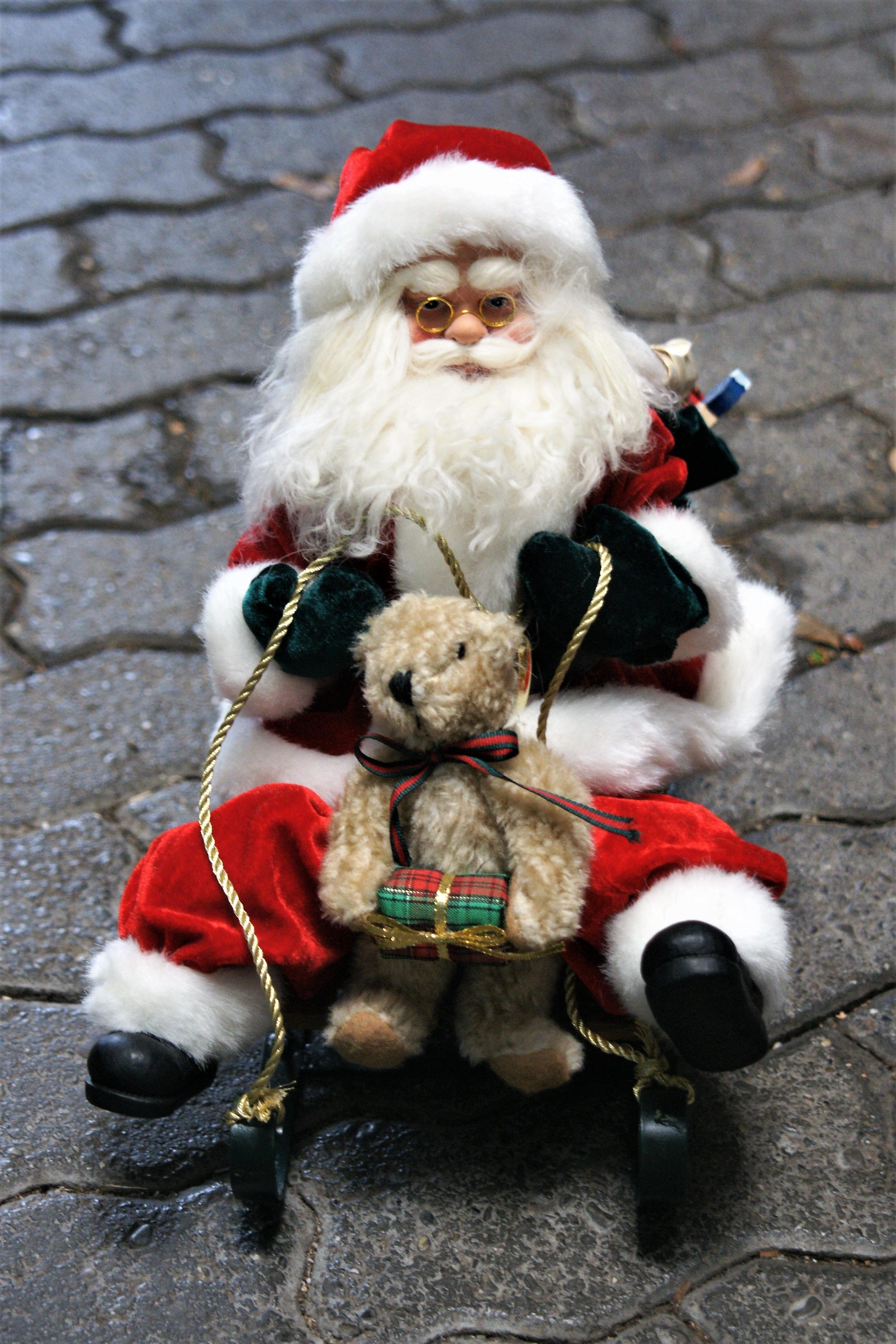 Gratis Afbeeldingen Winter Standbeeld Rood Kerstmis Glijbaan