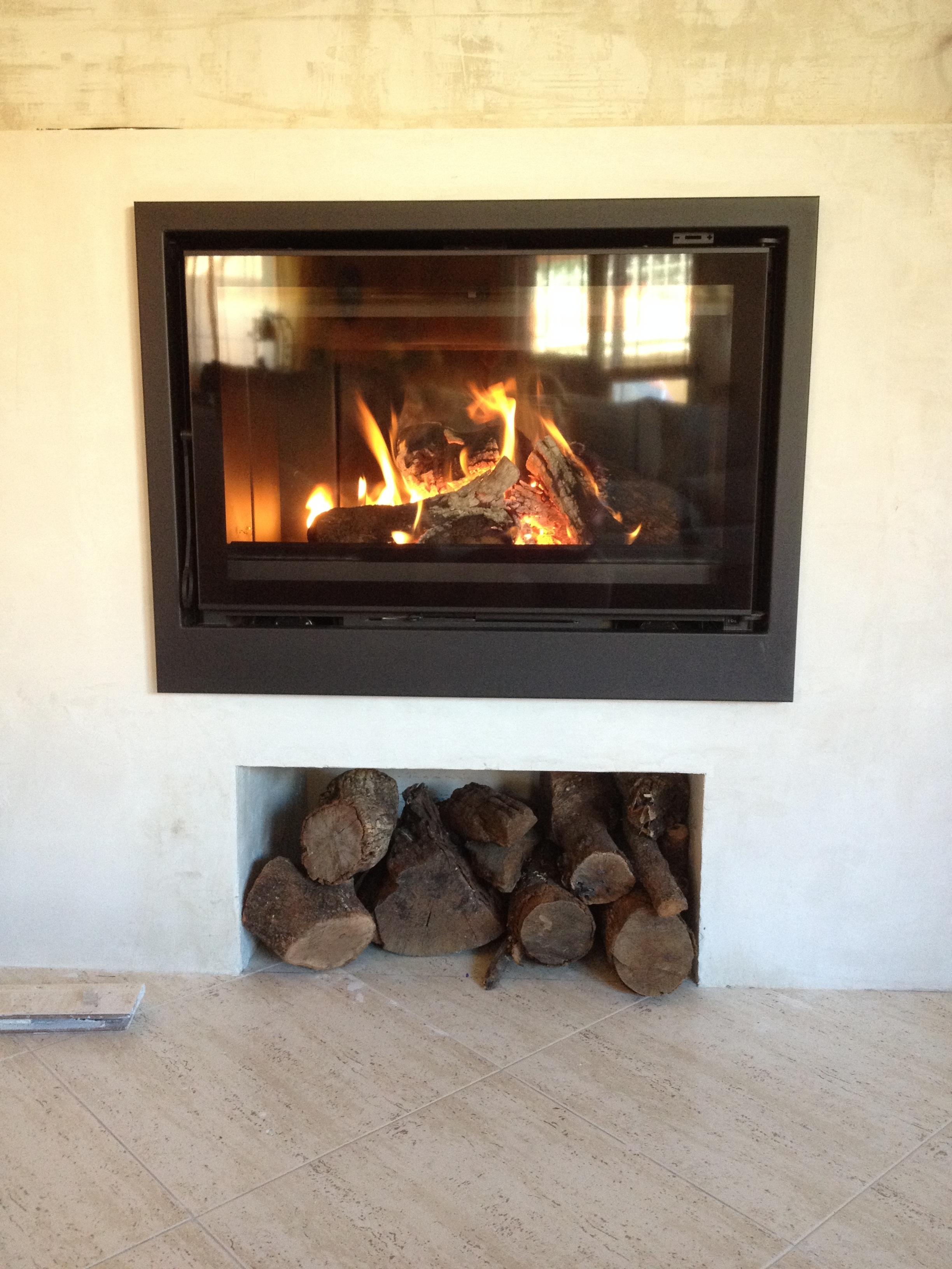 winter holz stock zuhause flamme feuer kamin wohnzimmer hitze hartholz feuerstelle holzofen feuerholz schneiden - Wohnzimmer Feuer