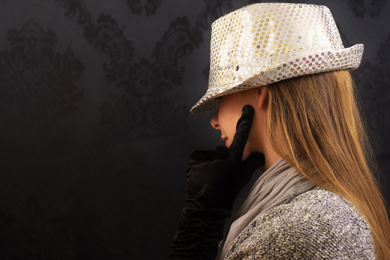 mujer sombrero ropa gorra guantes elegante Lentejuelas Accesorio de moda 007ff1911d8