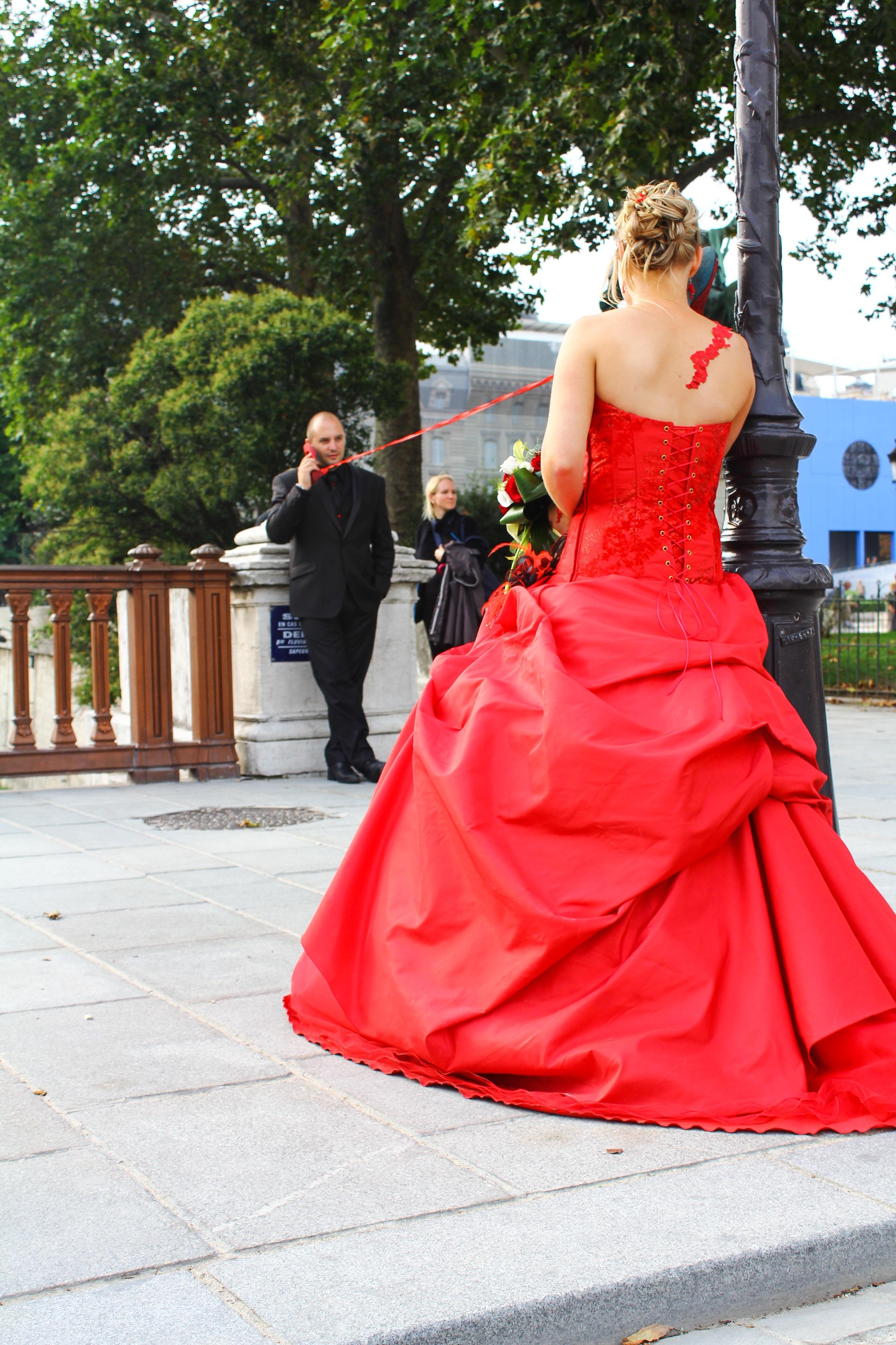 images gratuites femme rouge mode la mari e robe bal de promo quinceanera v tements de. Black Bedroom Furniture Sets. Home Design Ideas