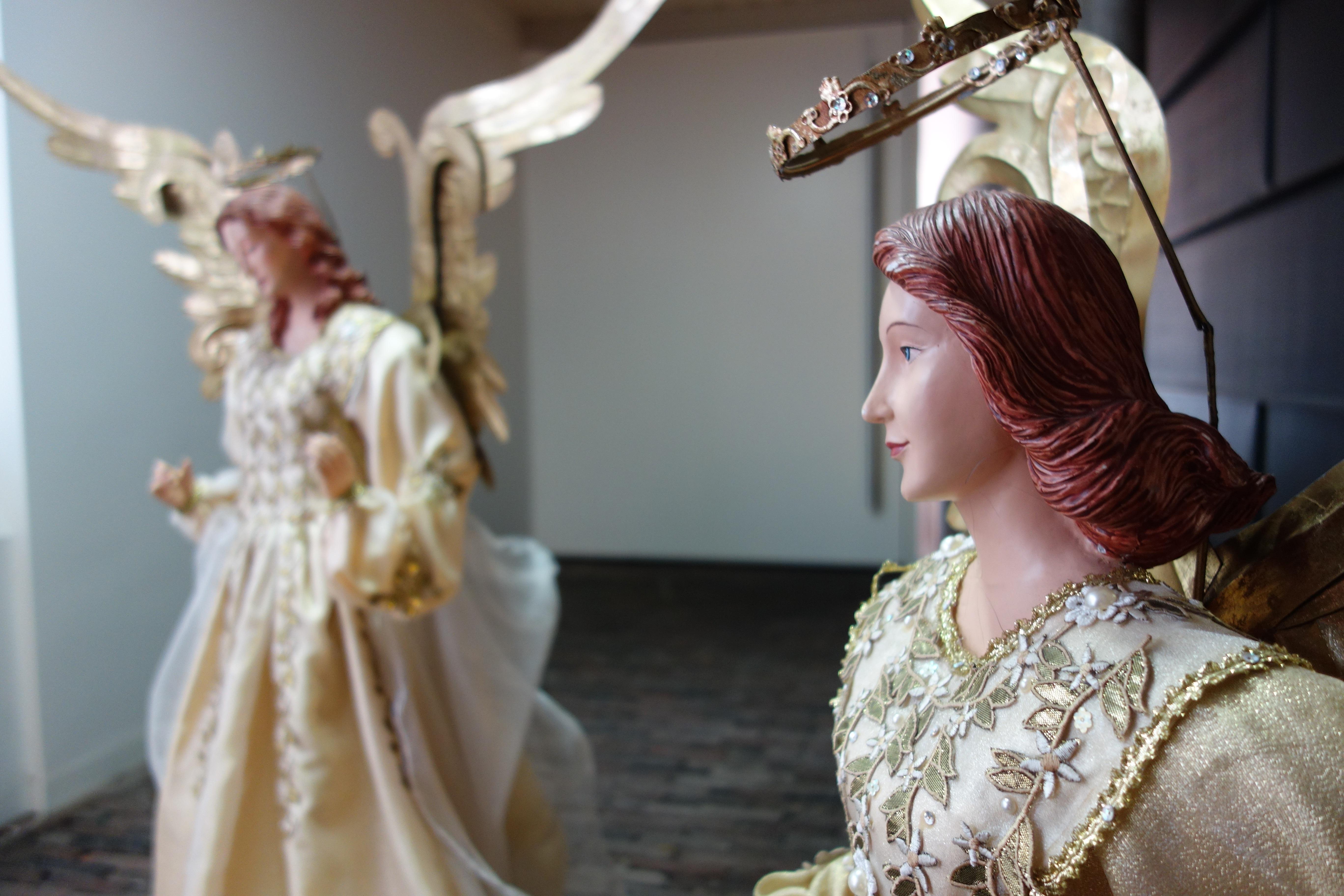 wanita patung mode pengantin Katolik malaikat gaun gaun