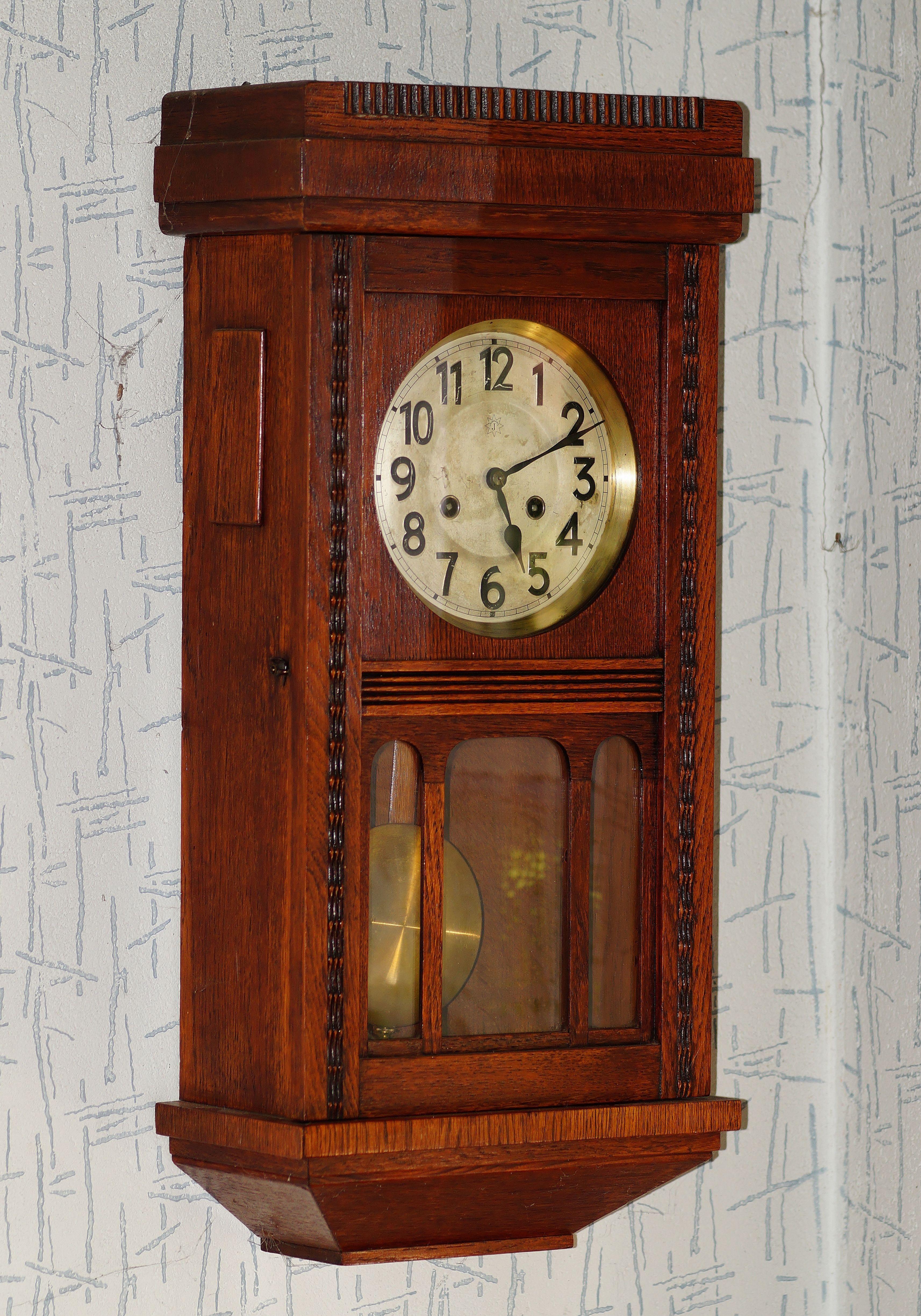Simple bois antique luhorloge meubles dcor pendule horloge murale horloge nostalgique de valeur for Grande pendule en bois