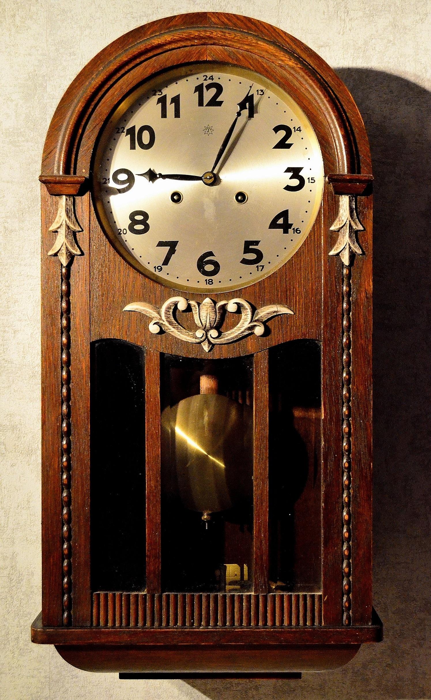 Fotos gratis : madera, mueble, decoración, reloj de pared, la cara ...