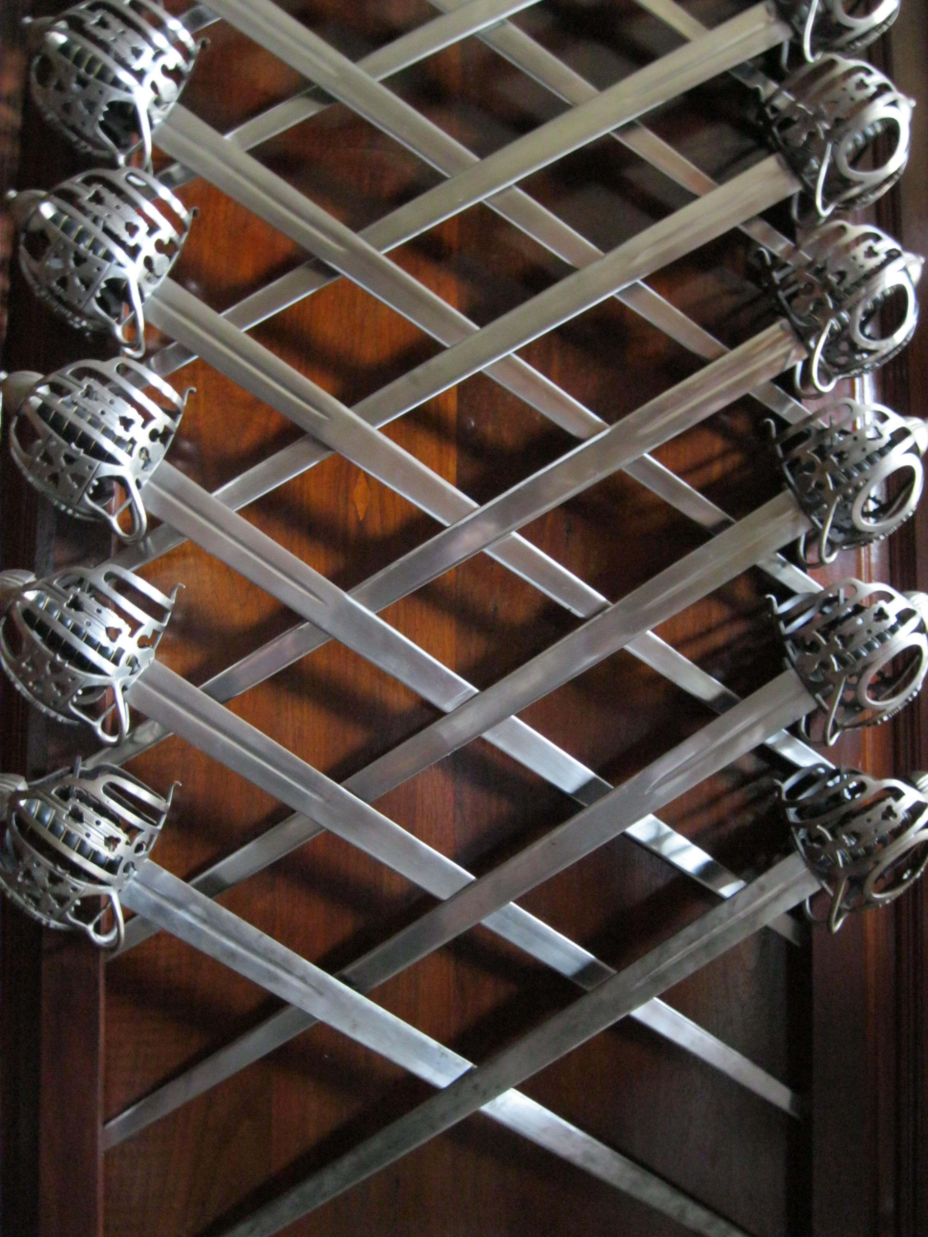 Gratis afbeeldingen hout antiek muur balk plafond metaal verlichting materiaal - Ontwerp leuning ...