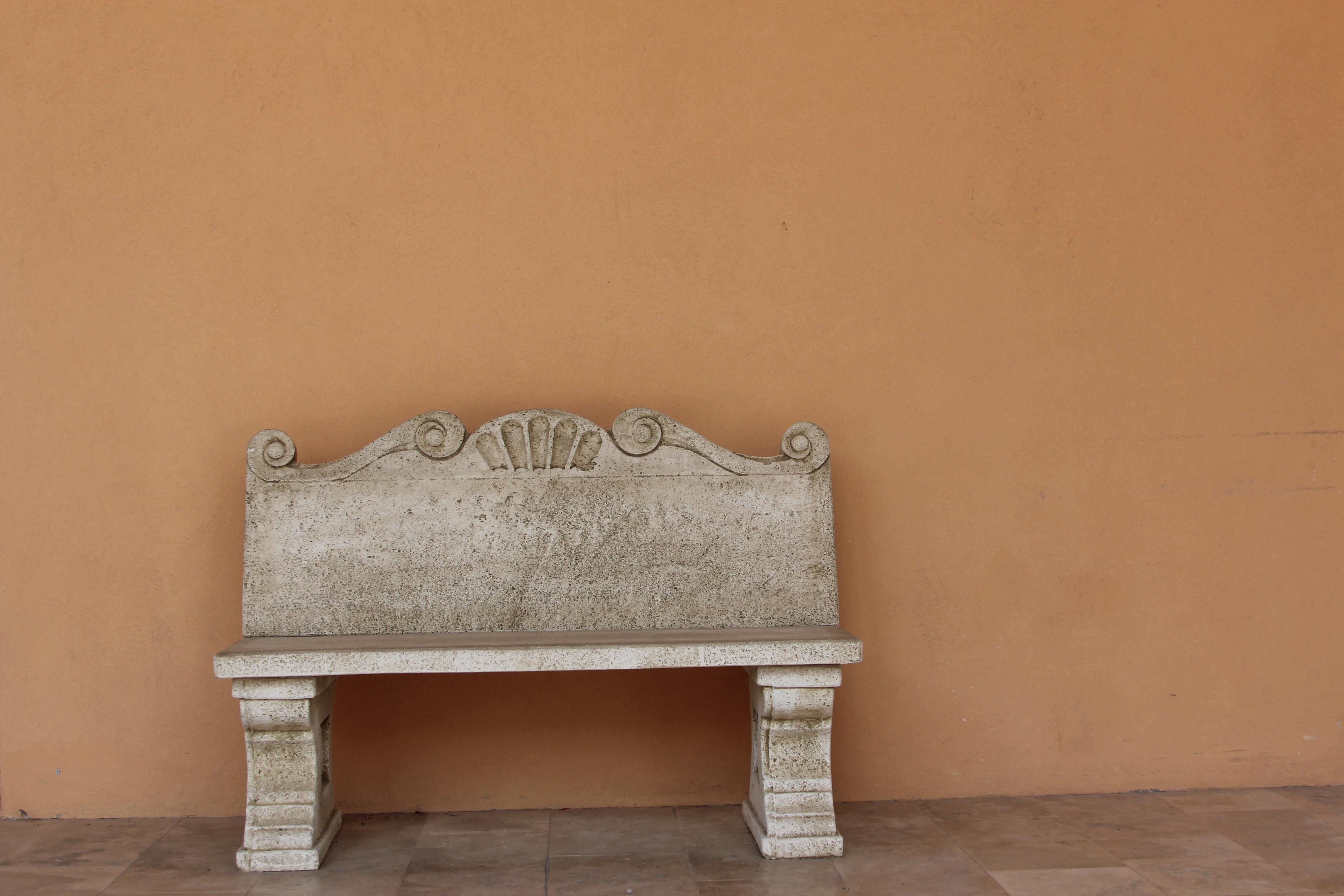 Fotos gratis : madera, banco, silla, piso, museo, marrón, mueble ...