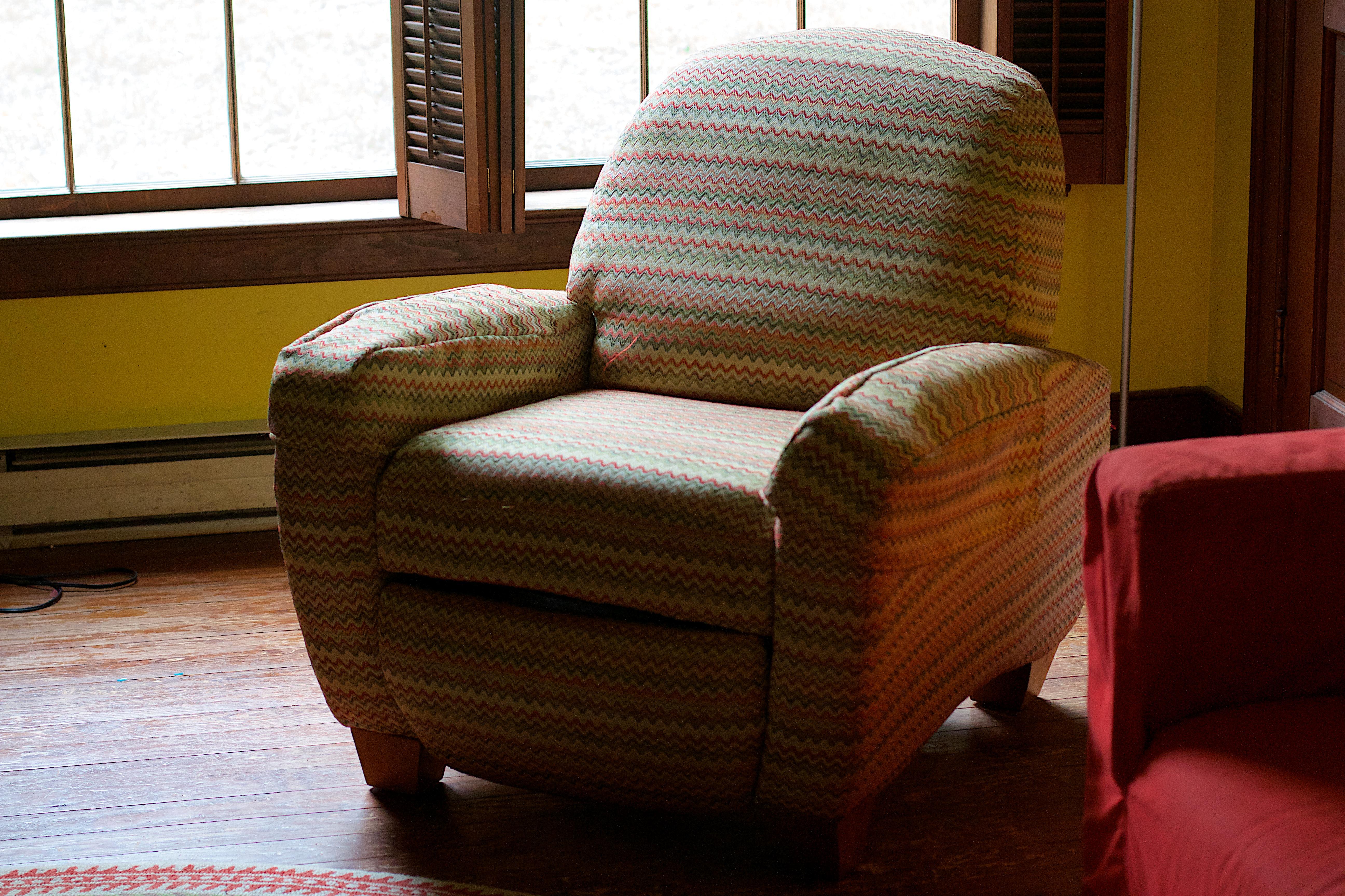 Fotos gratis : madera, silla, sala, mueble, habitación, sofá, Objeto ...