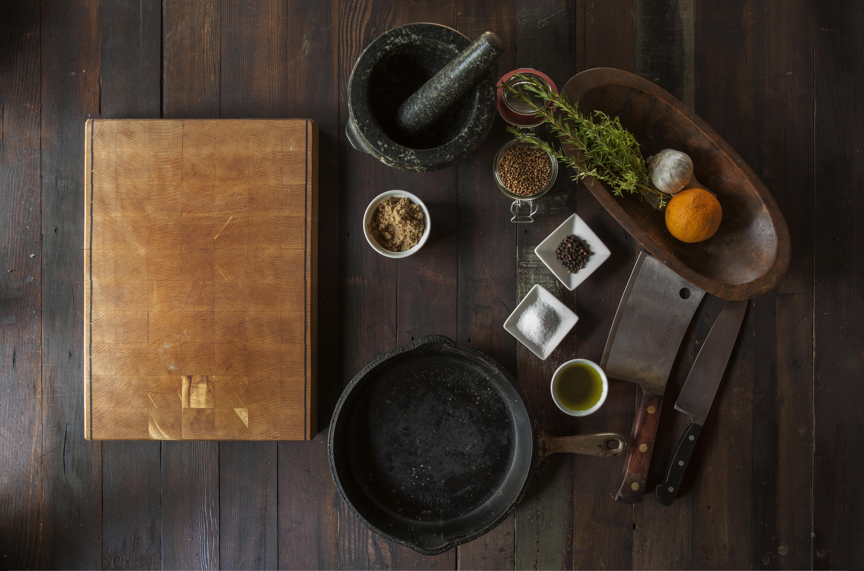Fotos gratis : madera, color, interior, bodegón, cuchillo, pintura ...