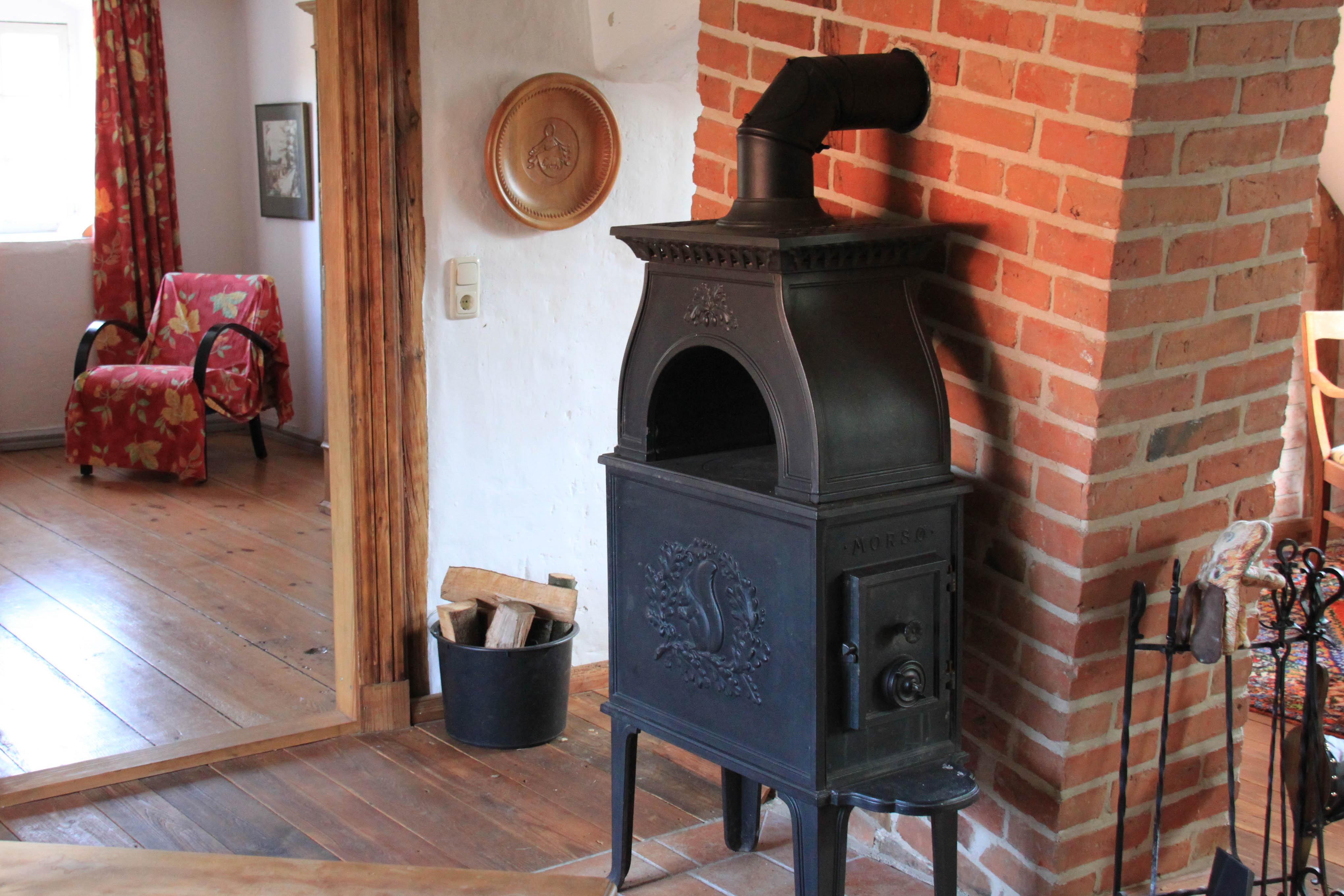 Fotos gratis : madera, cabaña, chimenea, carne, cocina, horno, hogar ...