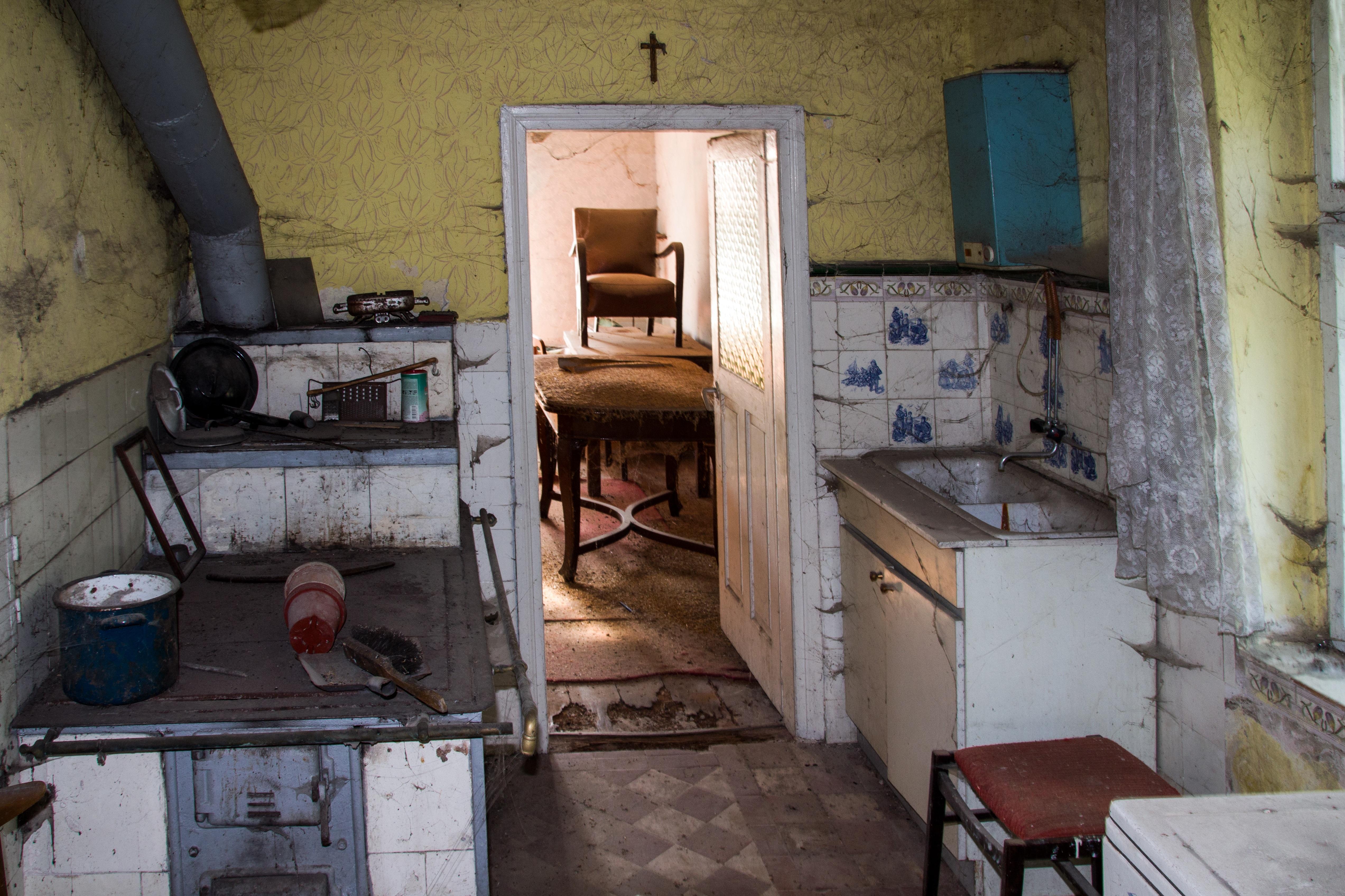 Fotos gratis : madera, granja, cabaña, cocina, propiedad, nostalgia ...