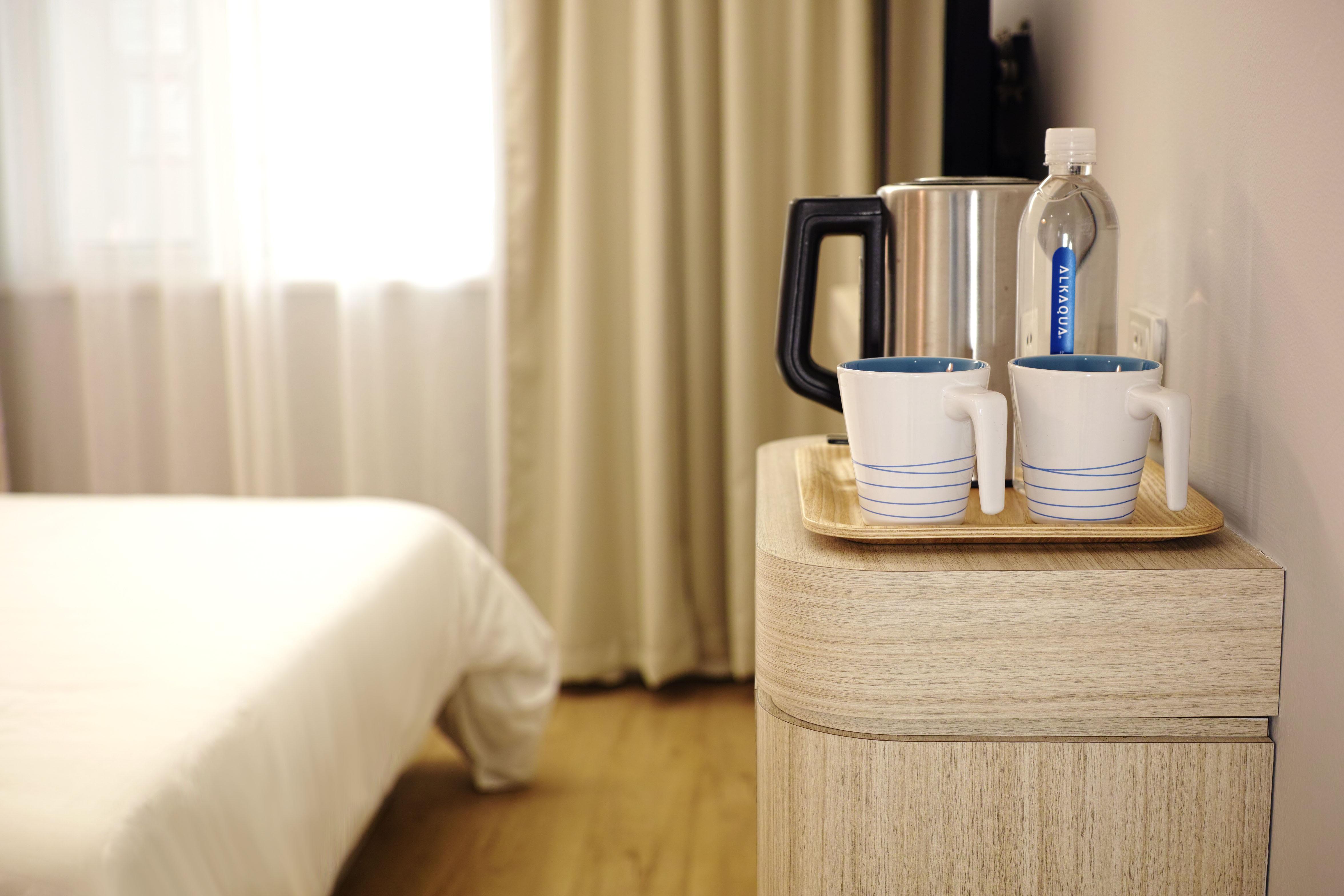Amazing Holz Stock Tasse Möbel Zimmer Innenarchitektur Hotel Neu Bedienung  Bodenbelag Holzboden Gästezimmer