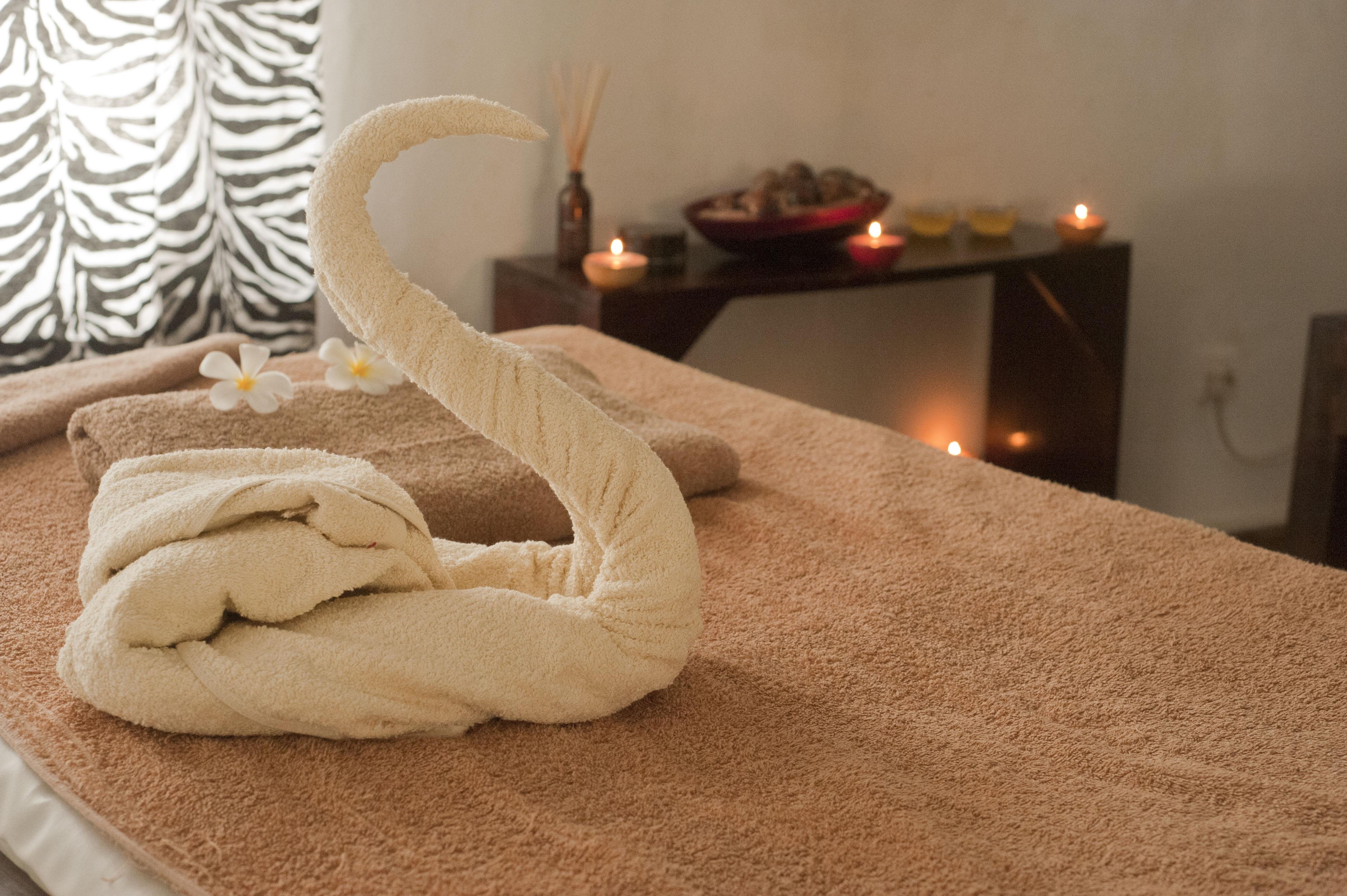 Holz Stock Möbel Zimmer Entspannung Bett Spa Massage Bodenbelag