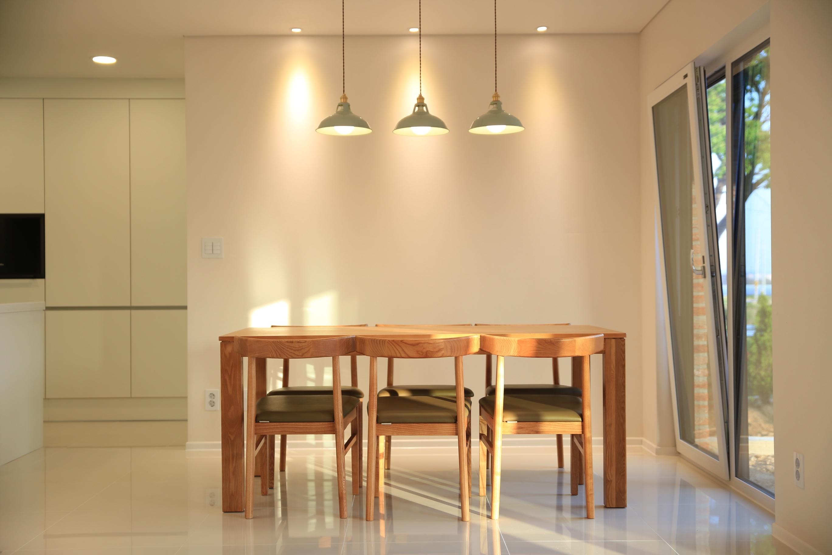 Gratis Afbeeldingen : hout, verdieping, huis-, plafond, eigendom ...