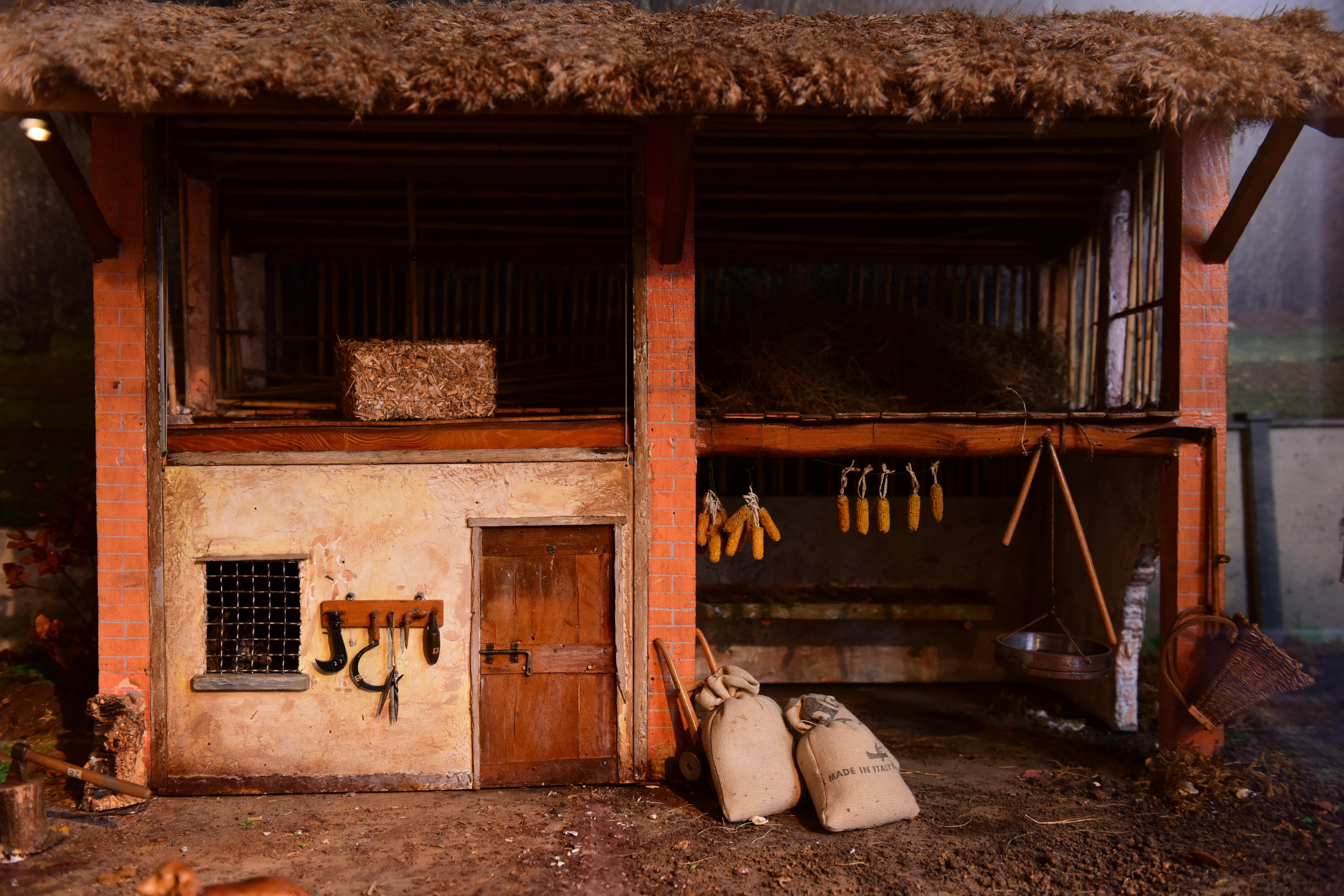 Cabane À Outils Bois images gratuites : bois, maison, grange, atmosphère, cabanon
