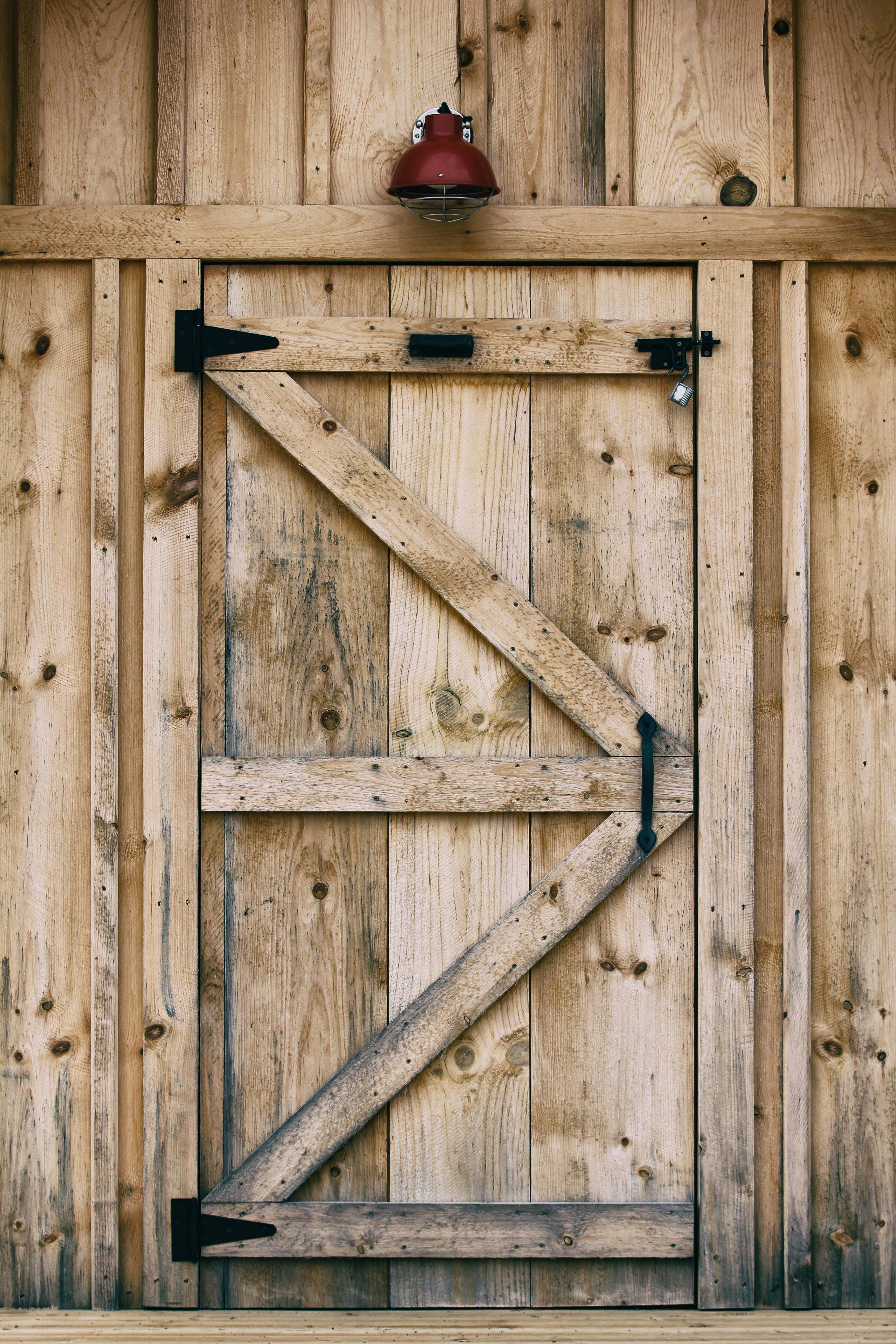 Fotos gratis : madera, casa, granero, pared, cobertizo, mueble ...
