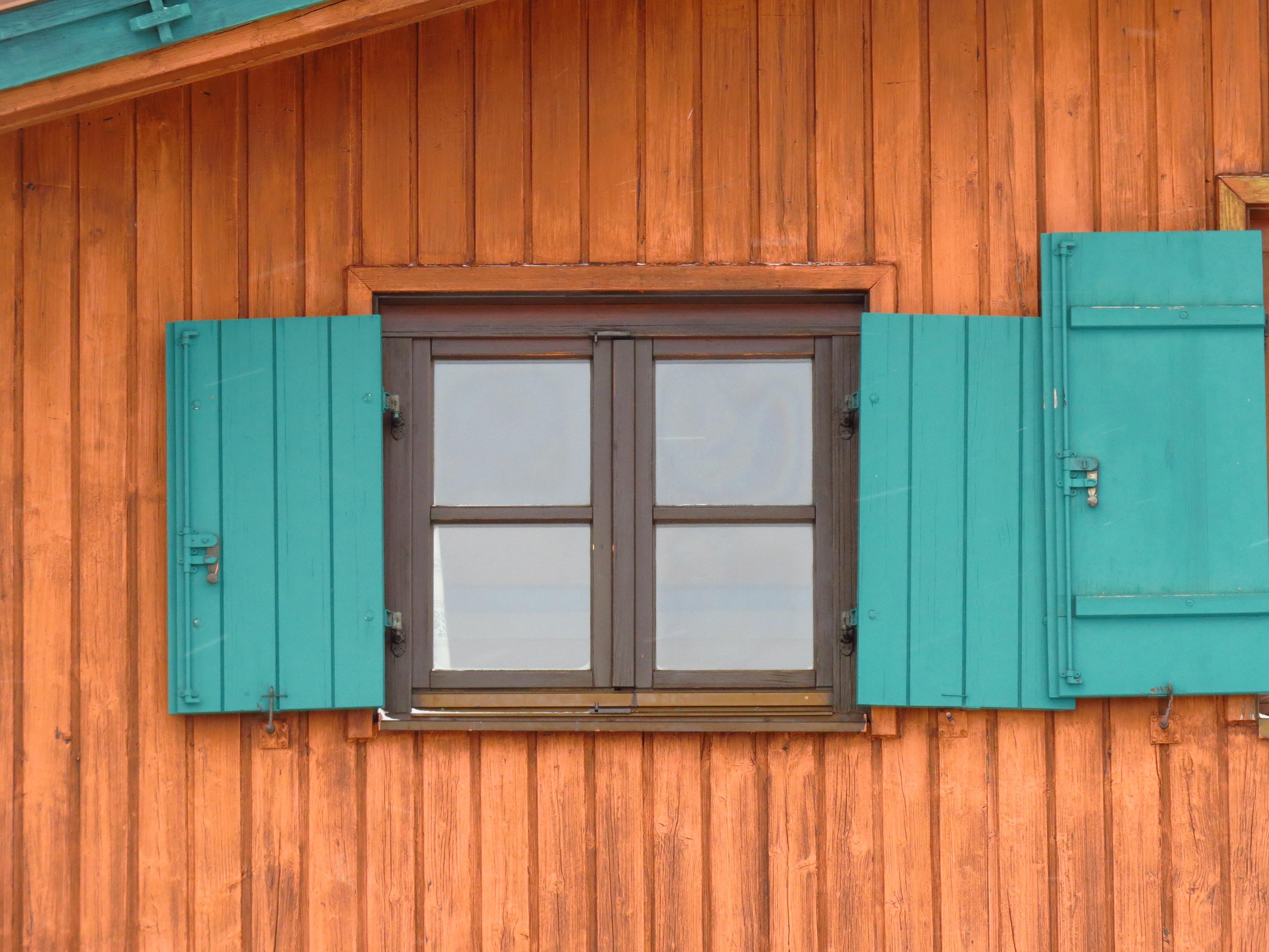 Fotoğraf Ev Zemin Pencere Bina Duvar Dökmek Yeşil Renk