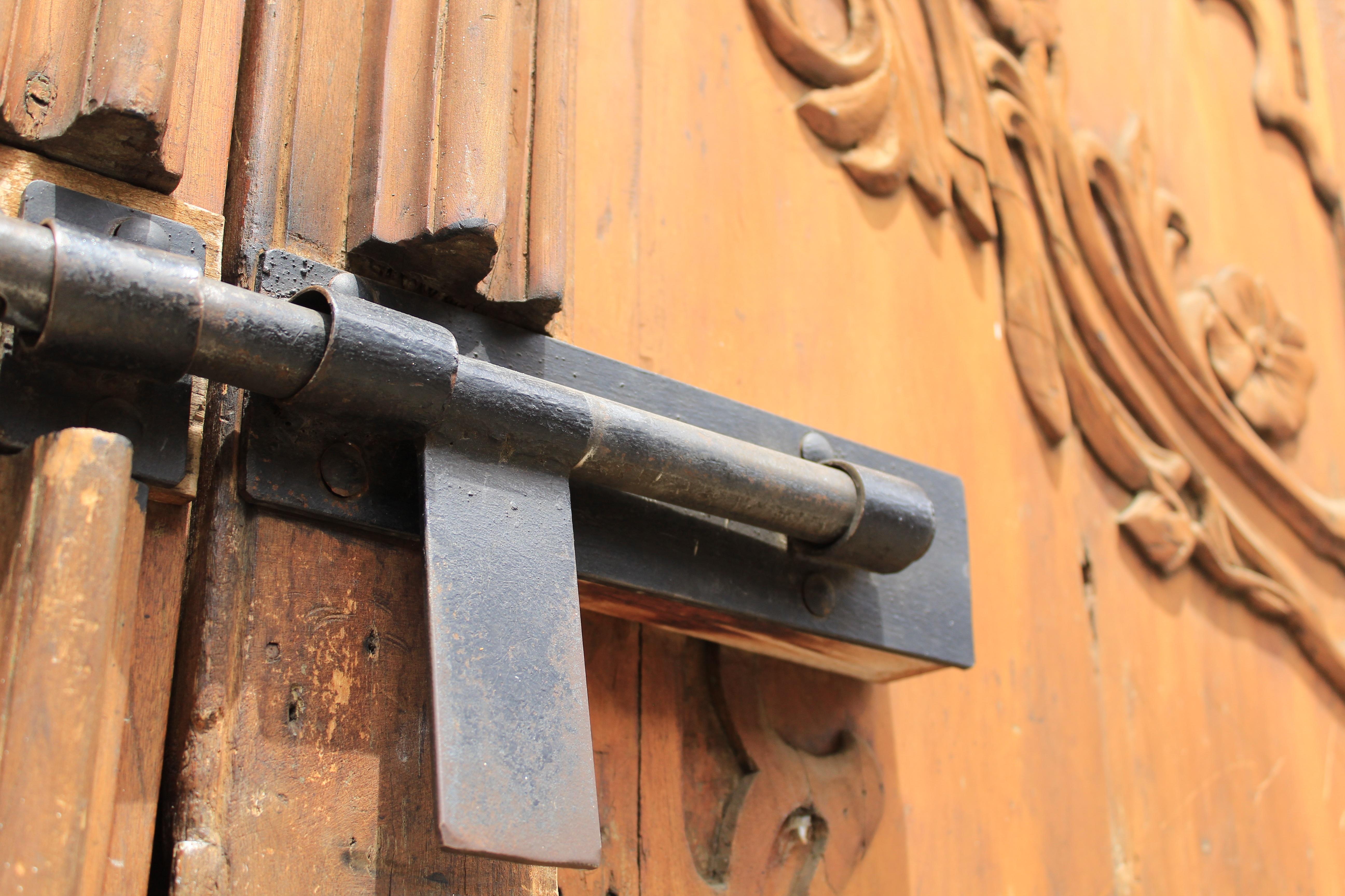 Fotos gratis madera casa antiguo r stico puerta - Botelleros de madera rusticos ...