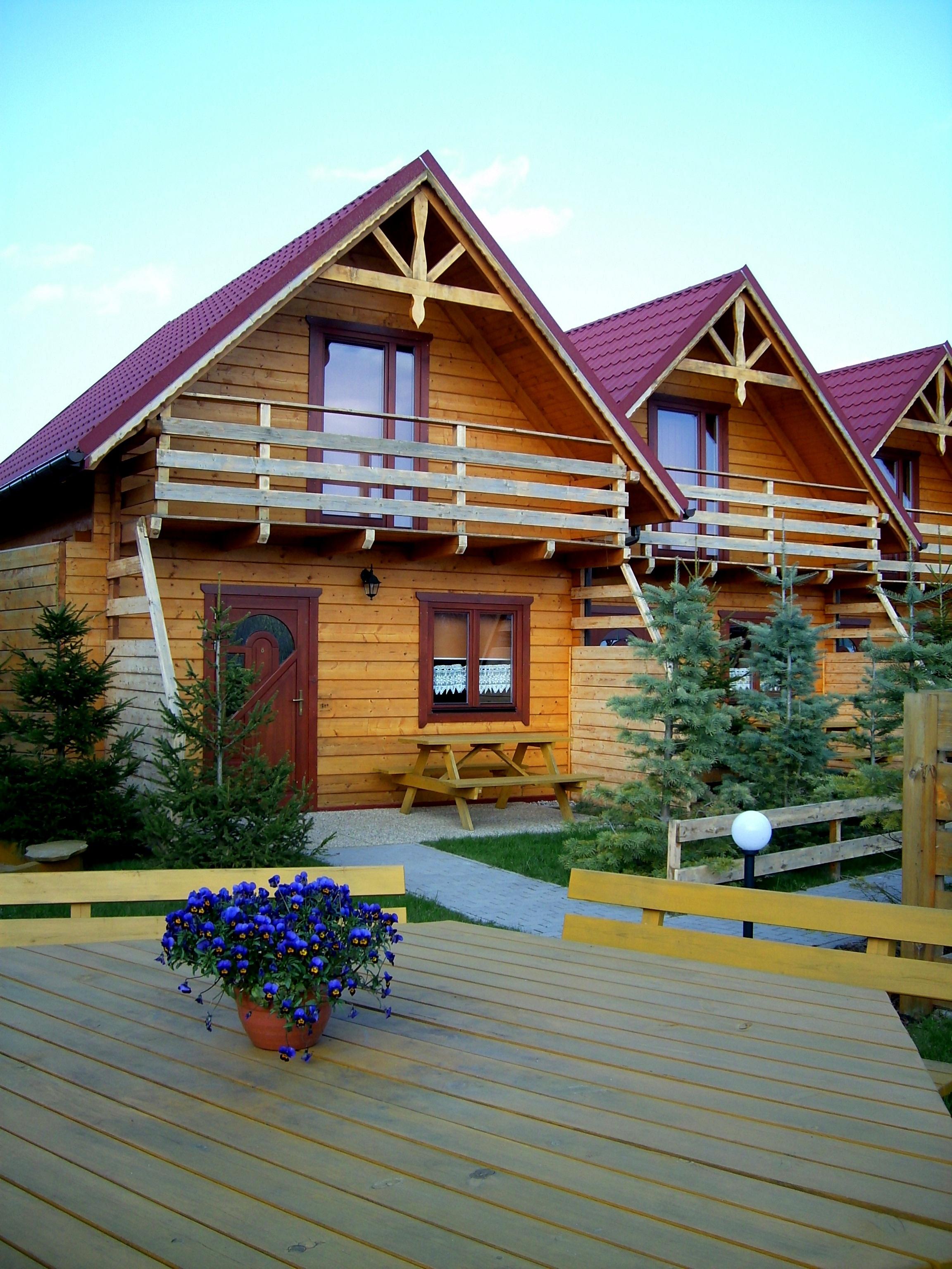 Kostenlose foto : Holz, Haus, Dach, Gebäude, Zuhause, Veranda ...