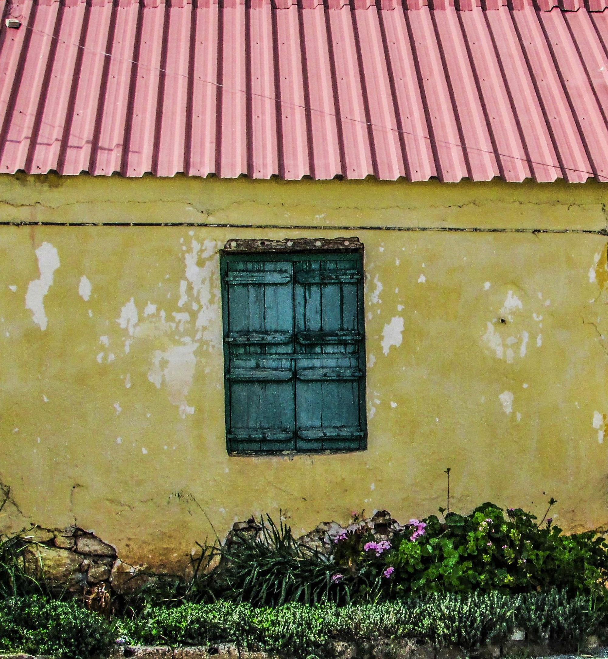 Fotos gratis : madera, ventana, edificio, granero, pared, cobertizo ...
