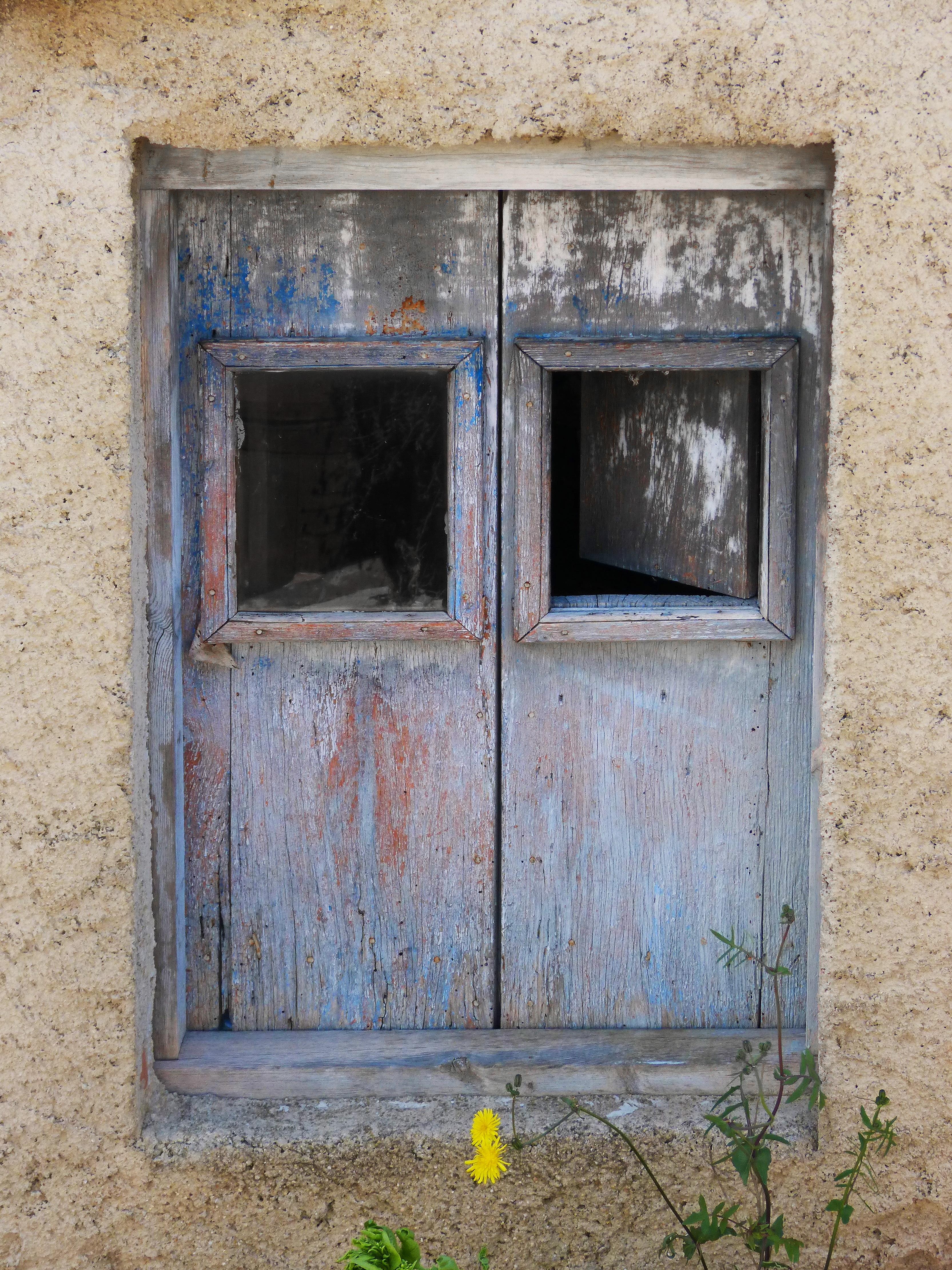Kostenlose foto : Holz, Haus, Fenster, alt, Mauer, verlassen, blau ...