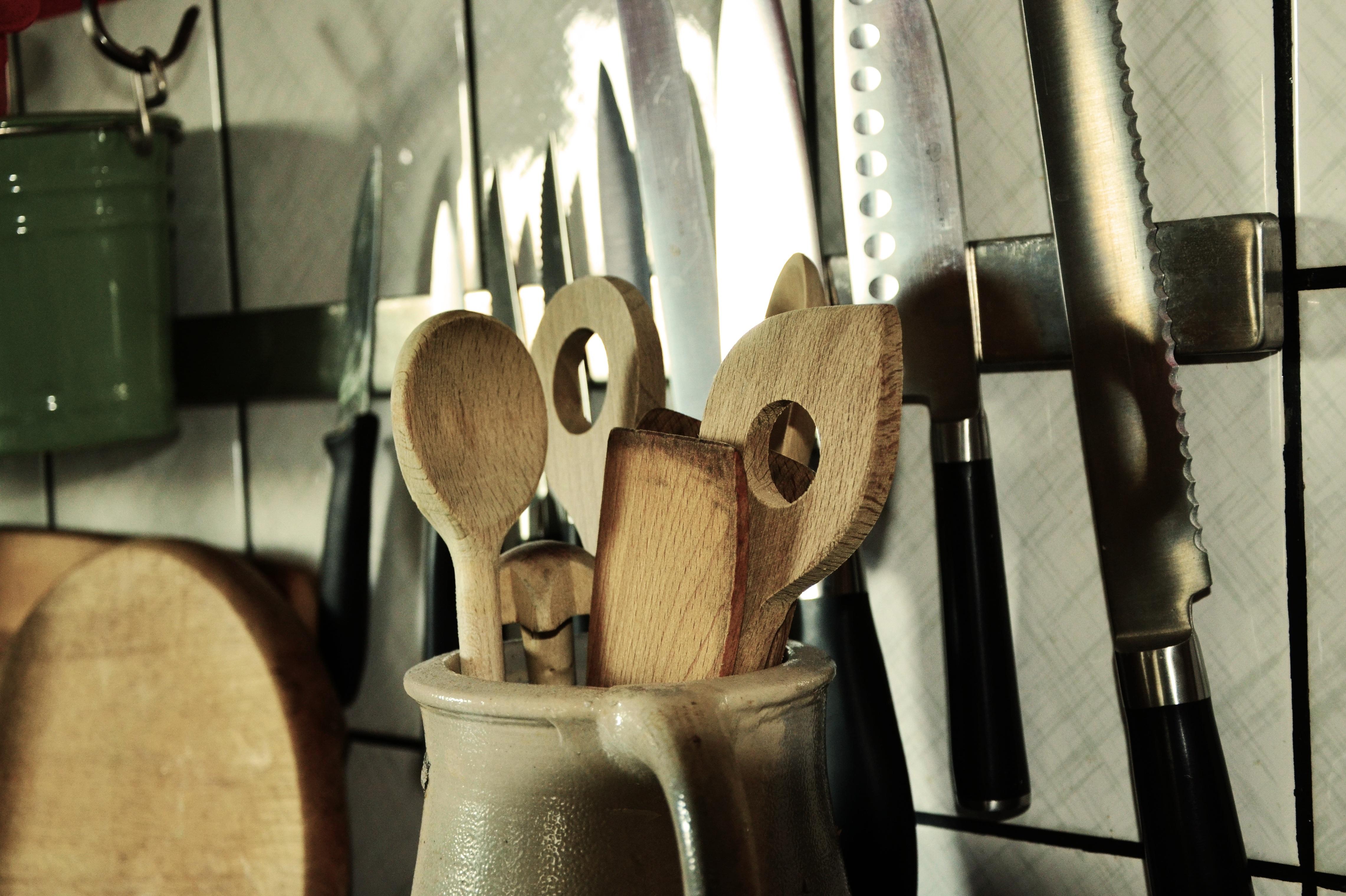 Kostenlose foto : Holz, Küche, Beleuchtung, Waffe, Geschirr ...