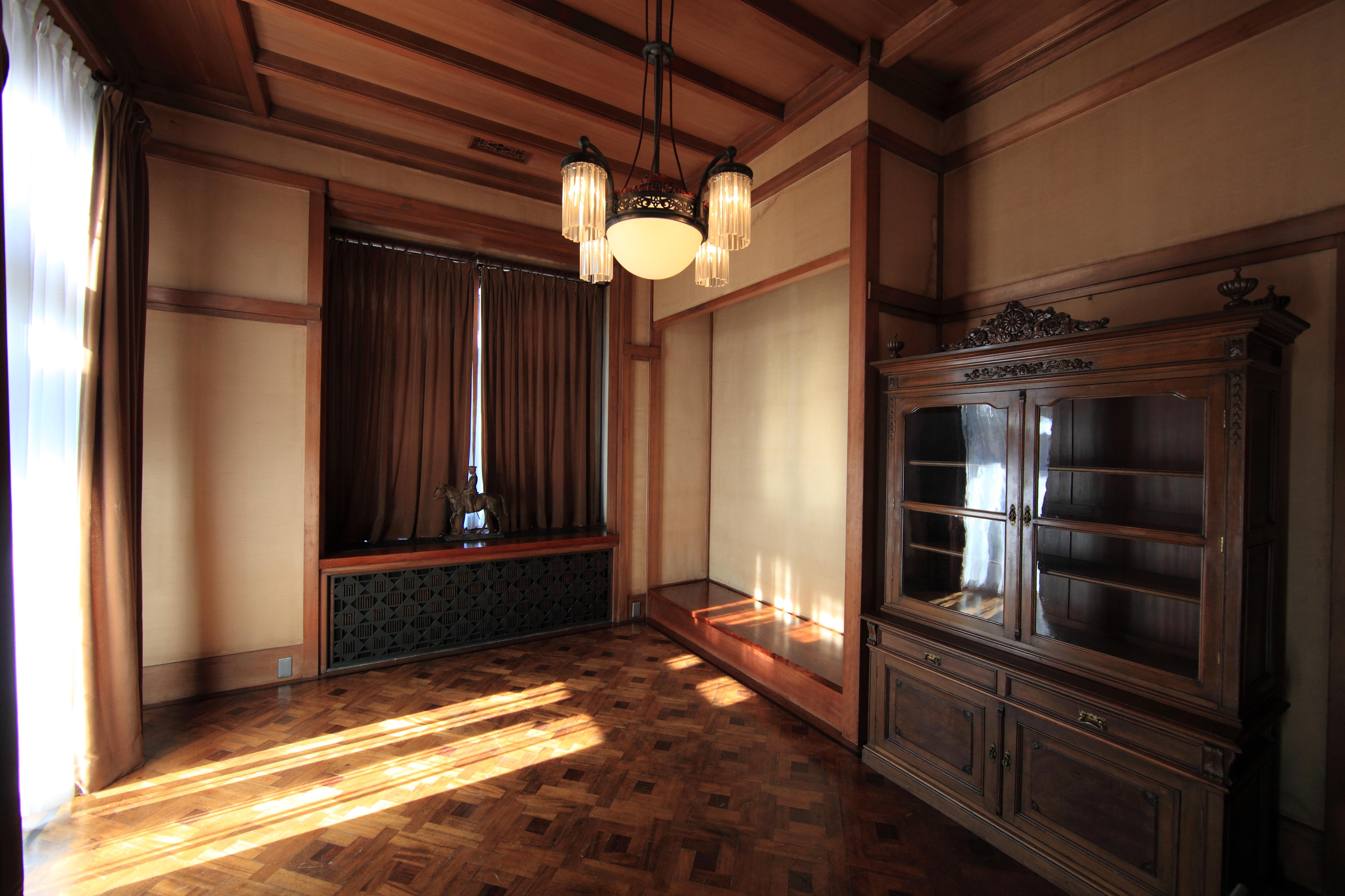 Fotos gratis : palacio, piso, interior, techo, alto, museo, cabaña ...