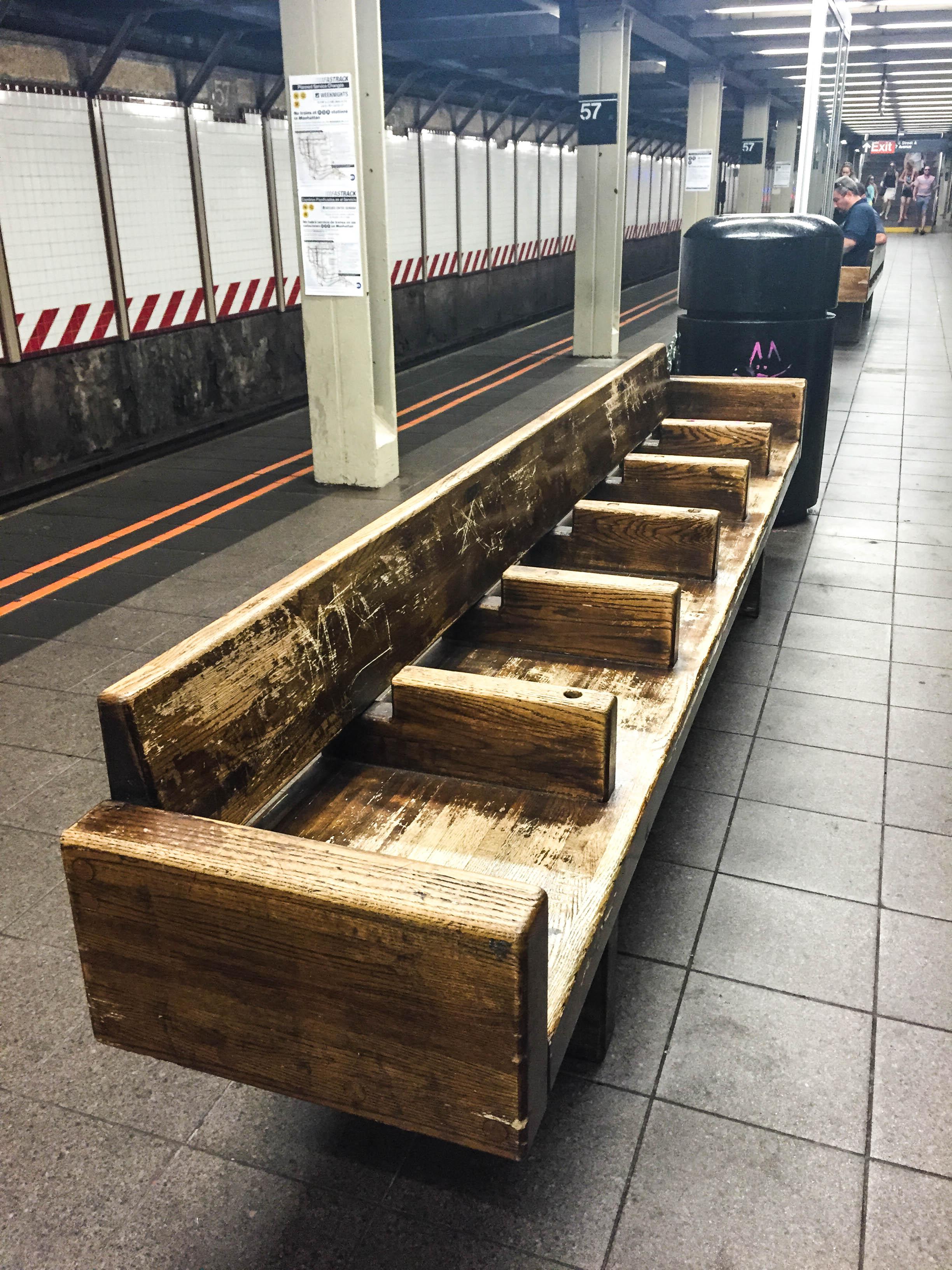Fotos gratis : madera, metro, transporte, vehículo, mueble, Nueva ...