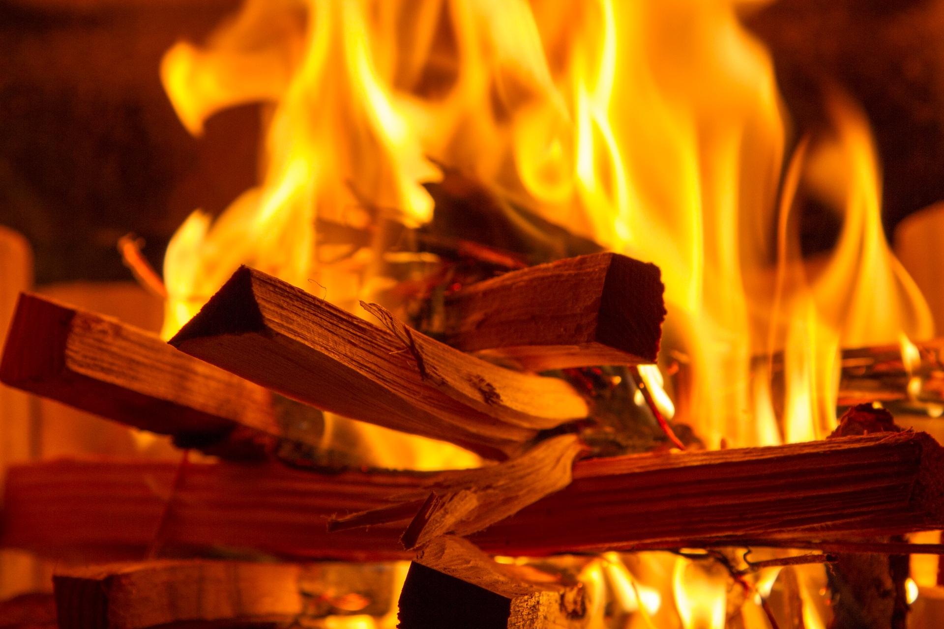 Kostenlose foto : Nacht-, Luft, entzünden, Flamme, Hitze, jubeln ...