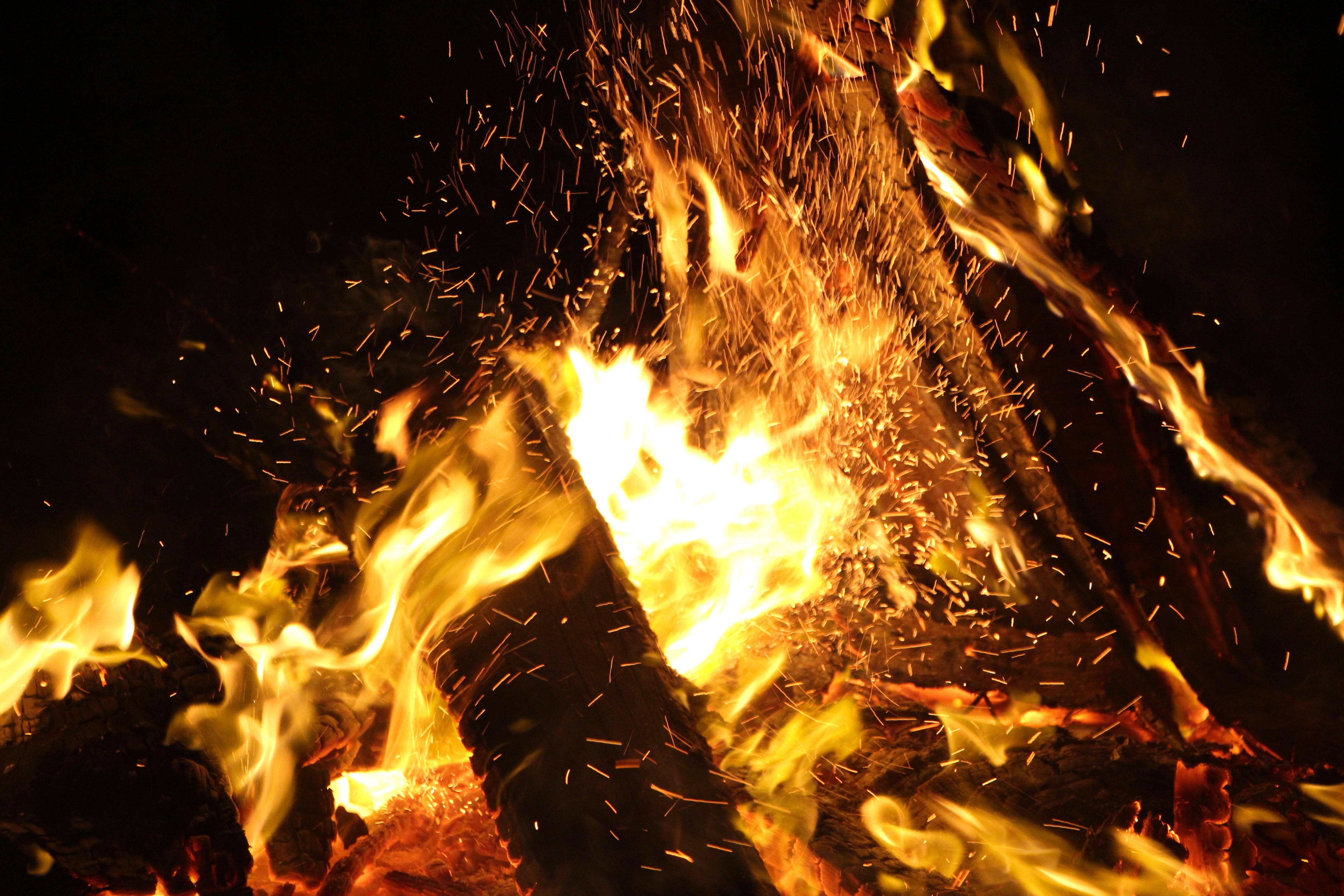 много огня картинки японский