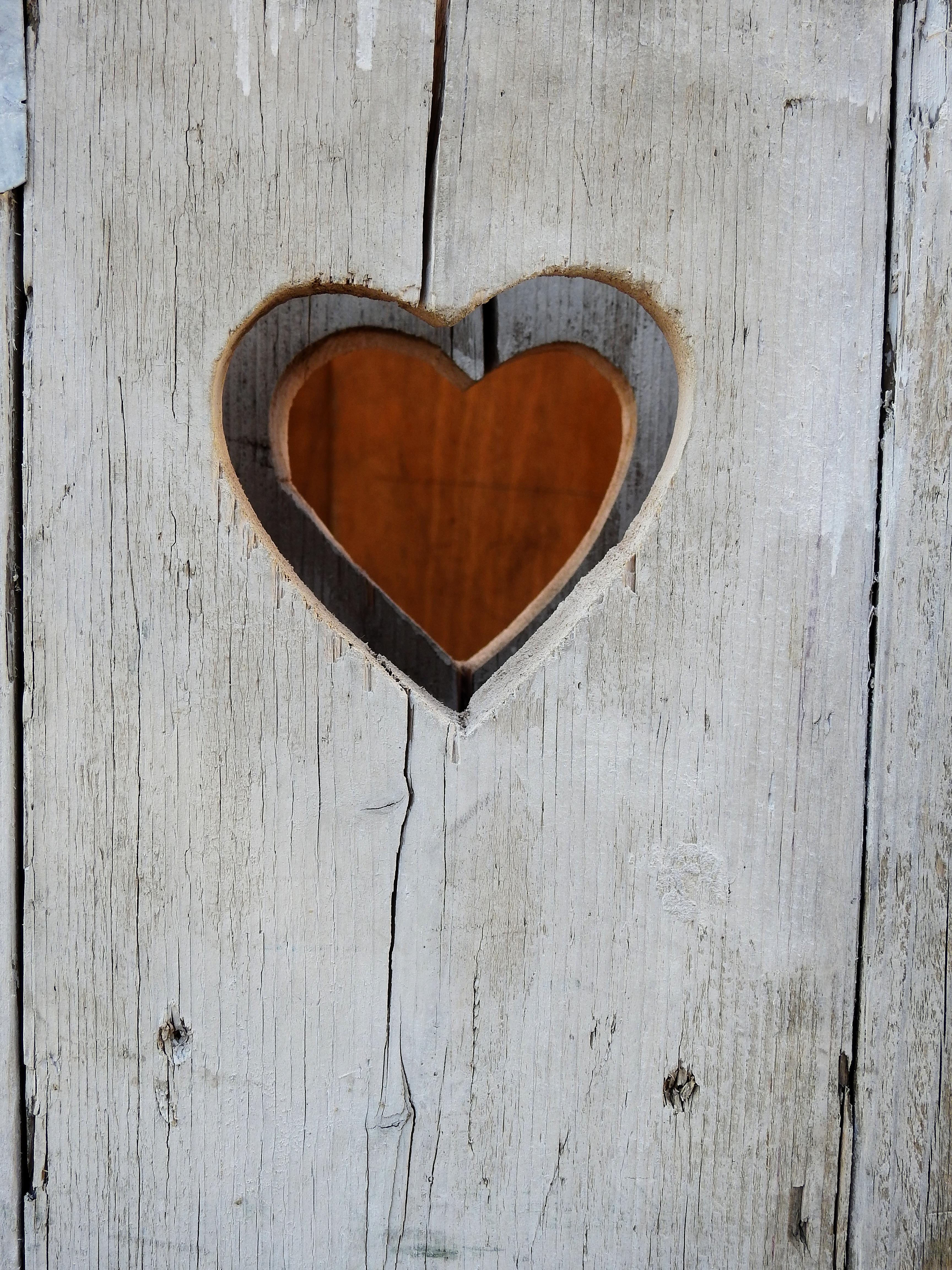 Kostenlose foto holz nummer mauer liebe herz for Holz dekoration modern
