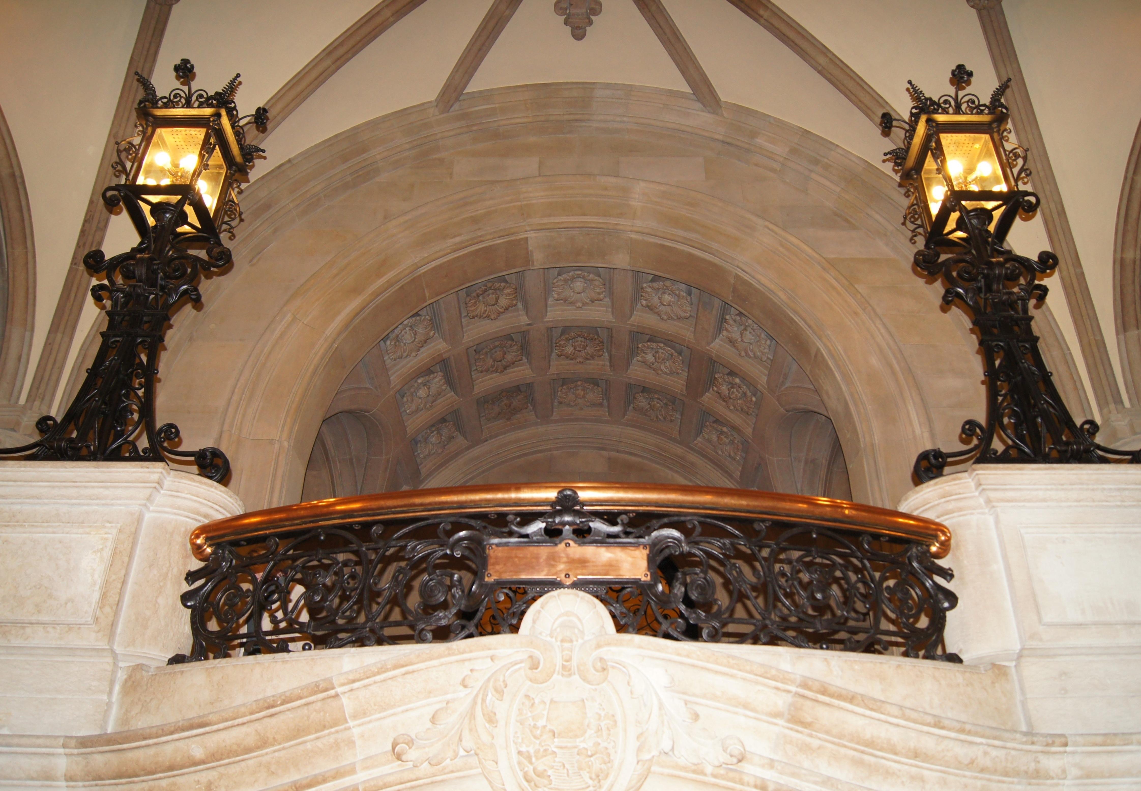 Fotos Gratis Madera Antiguo Balc N Arco Techo Capilla  # Muebles Renacentistas