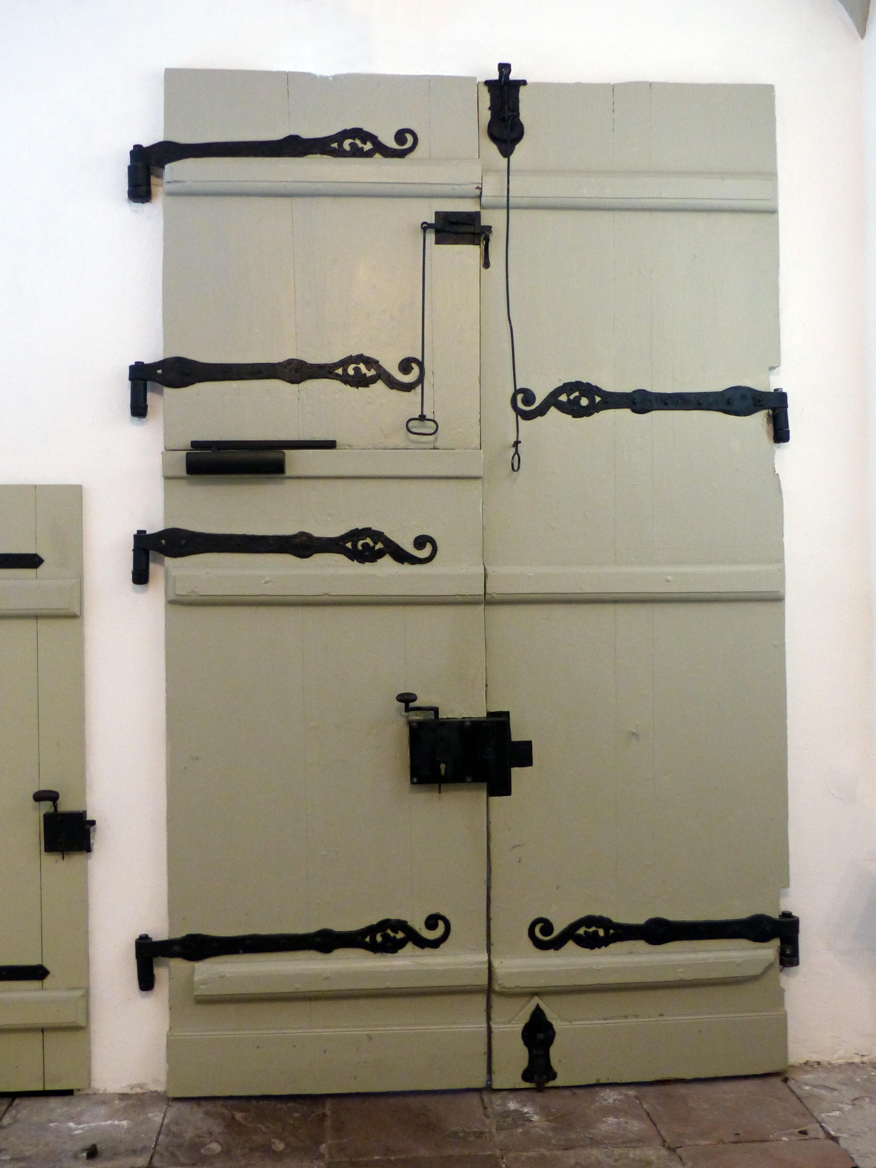 Fotos gratis madera antiguo estante mueble - Cajoneras para exterior ...