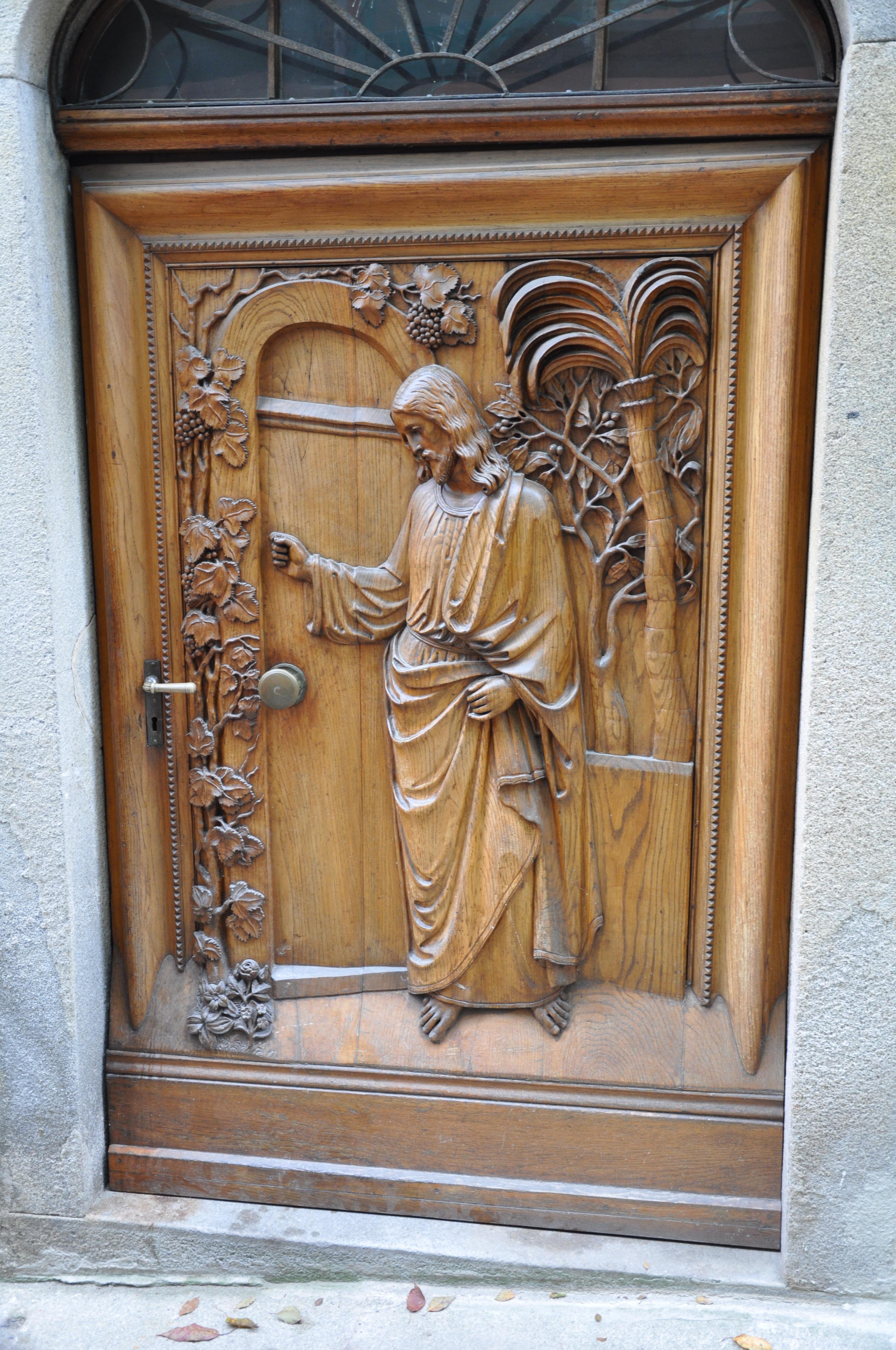 Fotos gratis : madera, religión, mueble, puerta, art, Jesús, tallado ...