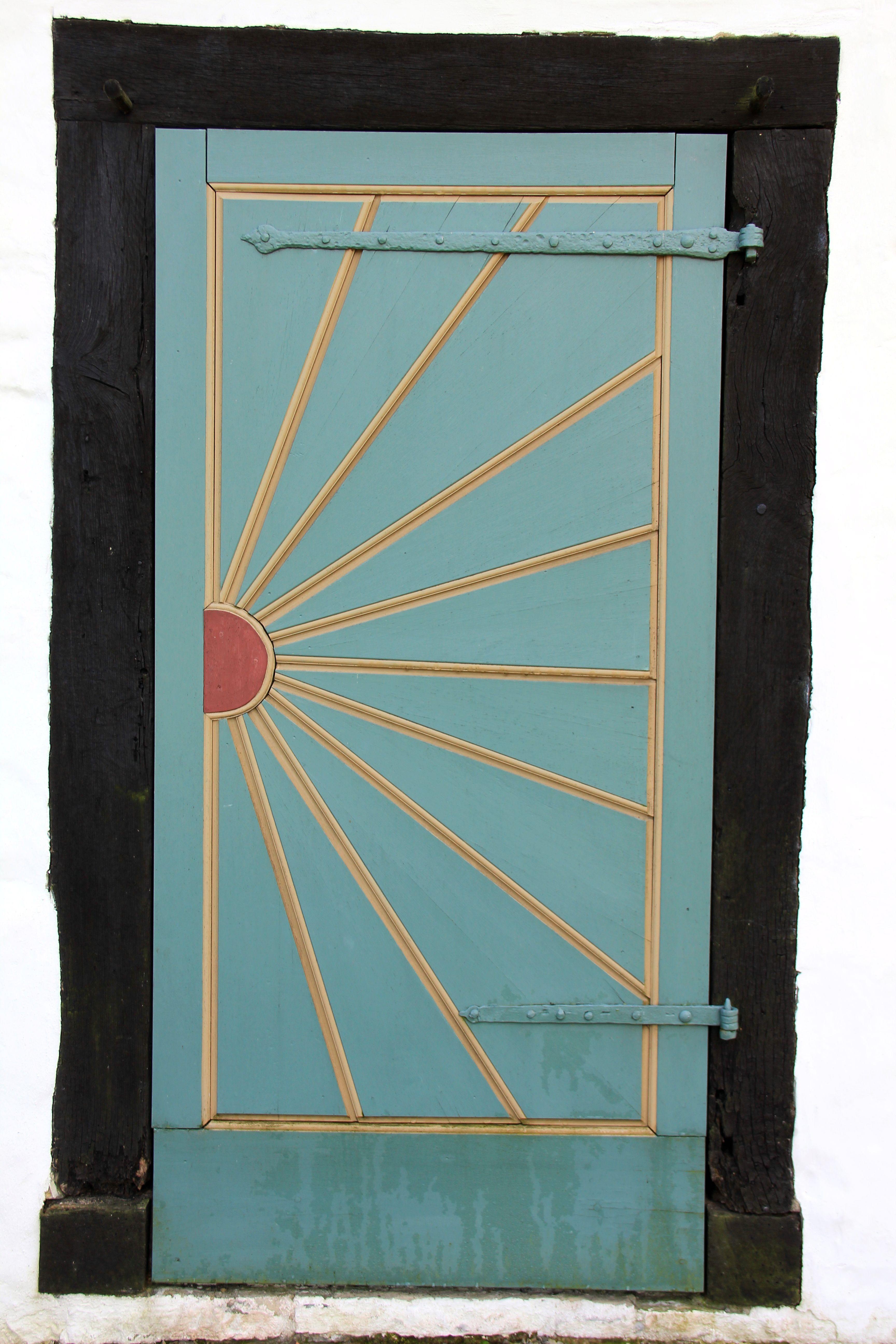 Kostenlose foto : Holz, Sonne, Fenster, Glas, Gebäude, Bogen, blau ...