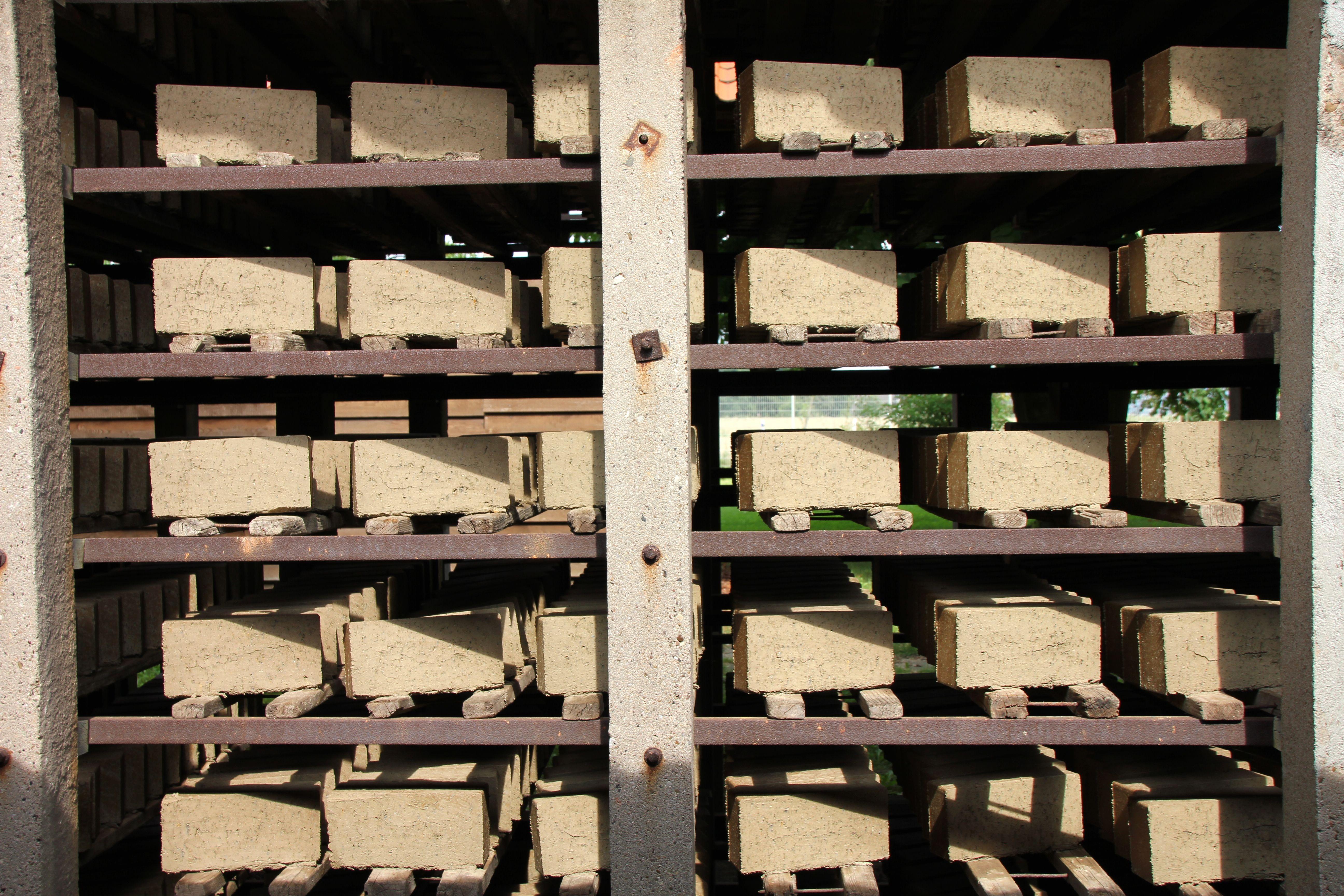 Etagere Sur Mur En Brique images gratuites : bois, la technologie, mur, usine, étagère