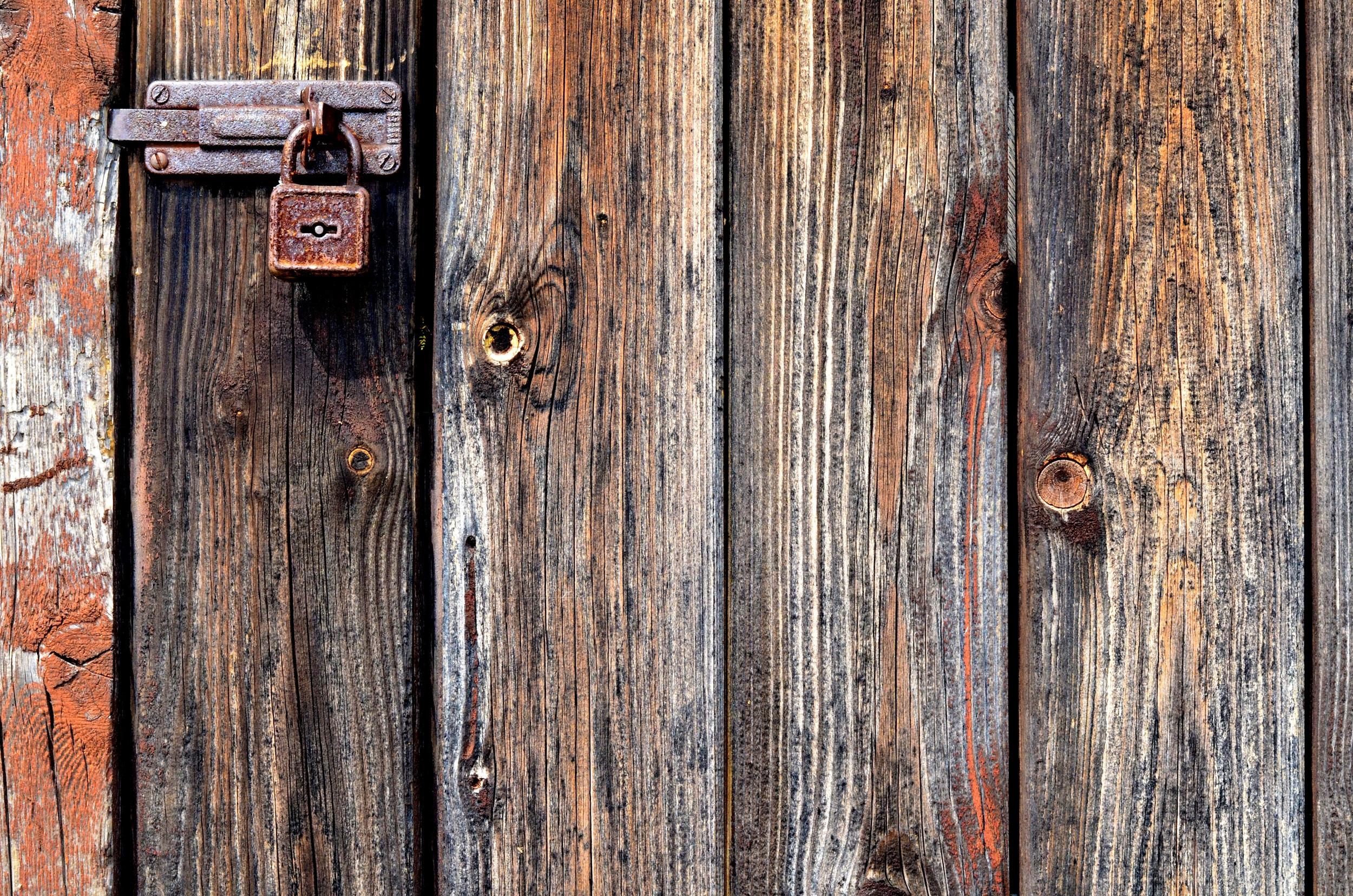 wood texture plank trunk old wall rust lumber door padlock hardwood old door metal padlock door & Free Images : texture plank trunk wall rust lumber hardwood ...
