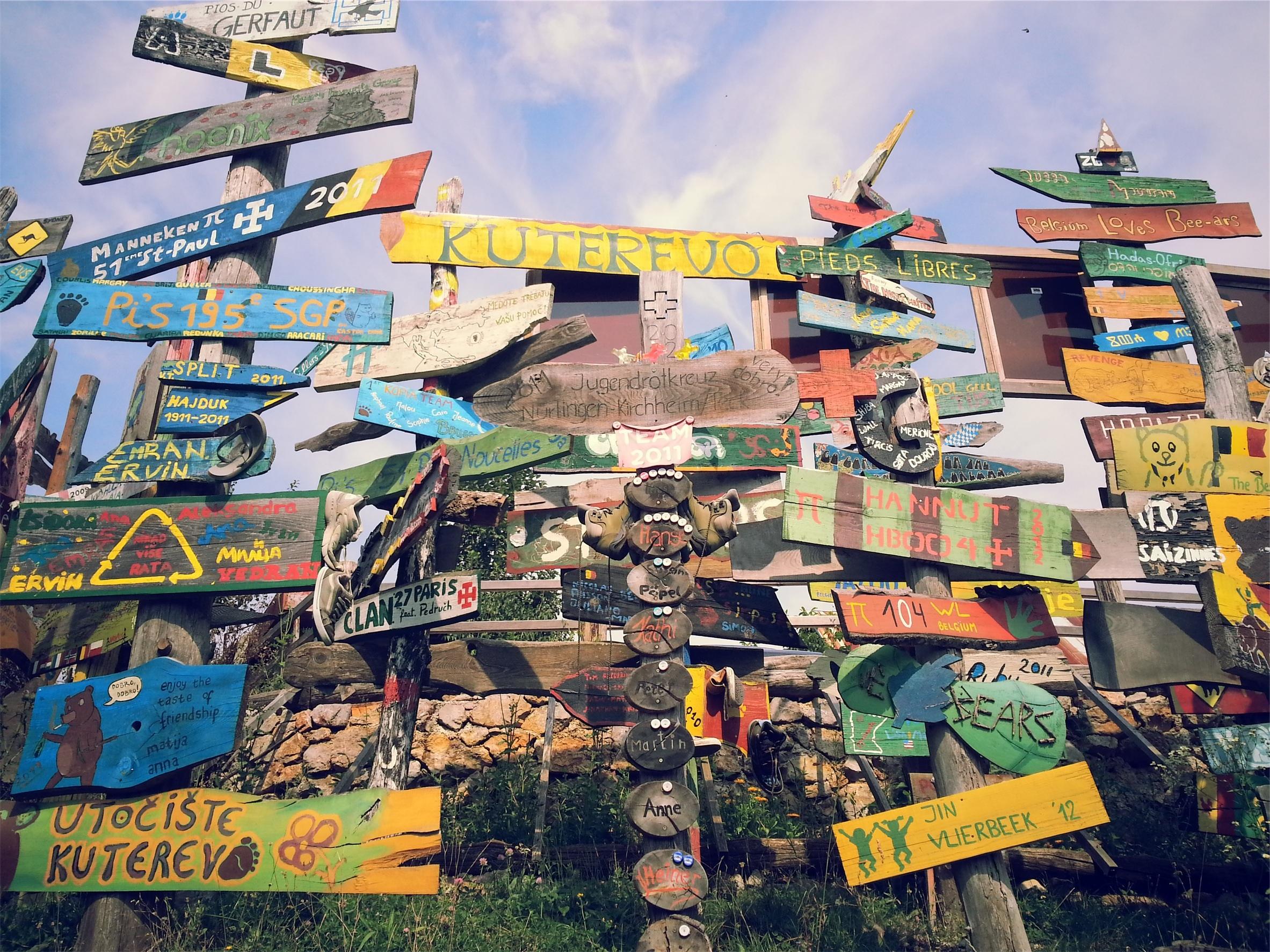 Fotos gratis : vendimia, dirección, blanco, art, de madera, señales ...