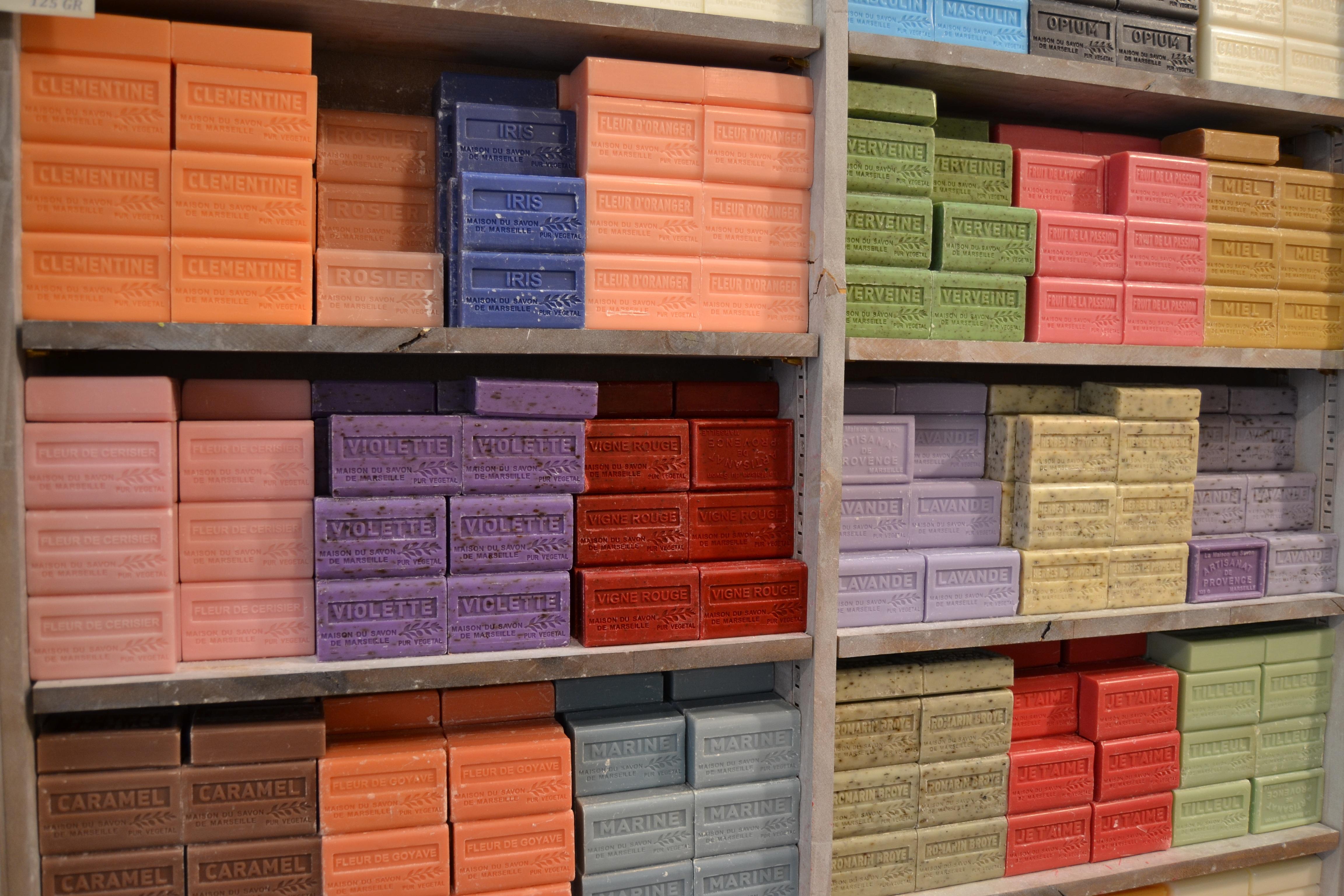 Fotos Gratis Pared Color Lavar Fachada Estante Mueble  # Muebles De Jabon