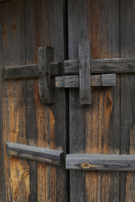 무료 이미지 : 목재, 벽, 가구, 달, 철, 권위 있는, 조각, 두드리는 ...